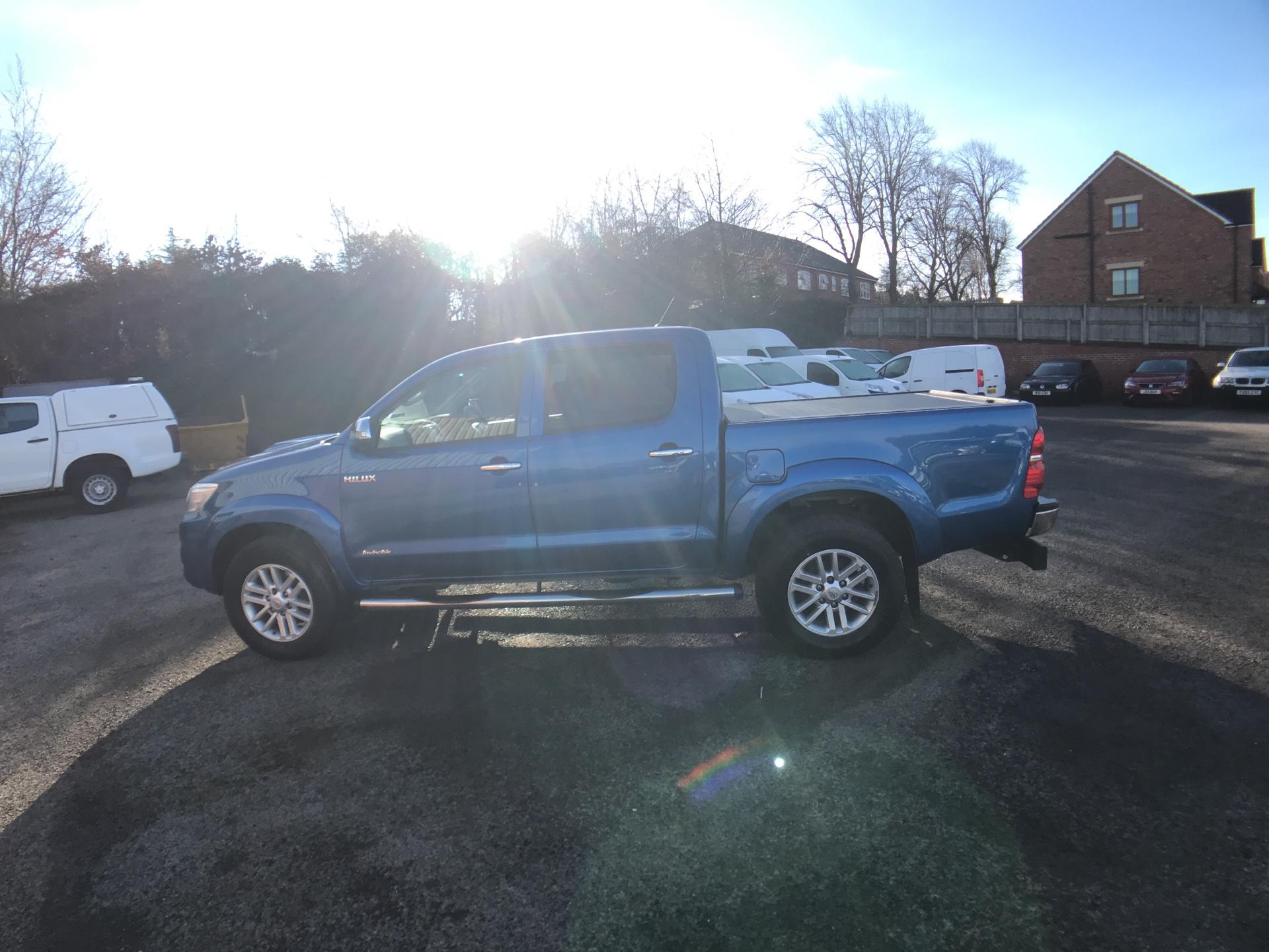 2016 Toyota Hilux  DOUBLE CAB PICK UP 3.0 4WD 171 INVINCIBLE EURO 5 (DX16TUY) Image 6