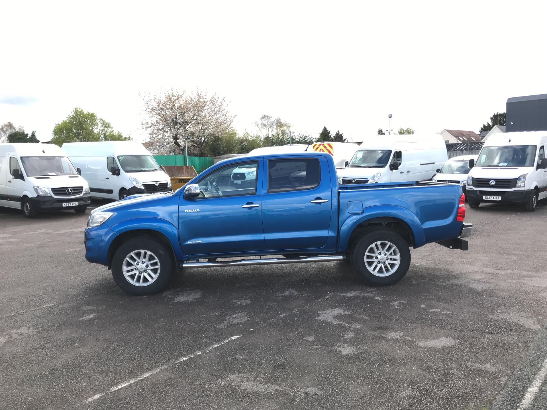 2016 Toyota Hilux  D/CAB PICK-UP 3.0 4WD 171 INVINCIBLE EURO 5 (DX16TVA) Image 6