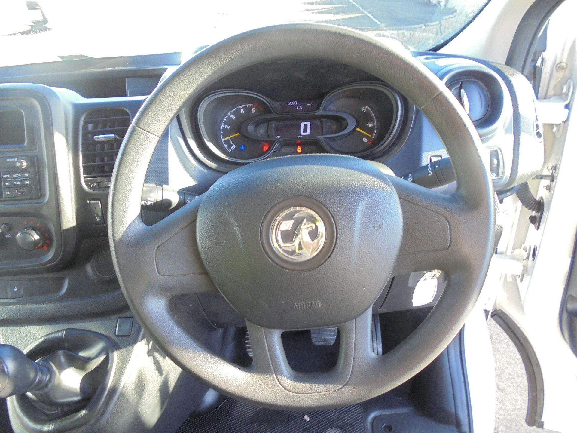 2016 Vauxhall Vivaro 2900 1.6Cdti 120Ps Biturbo Ecoflex L1 H2 Van (DX16XXR) Image 11