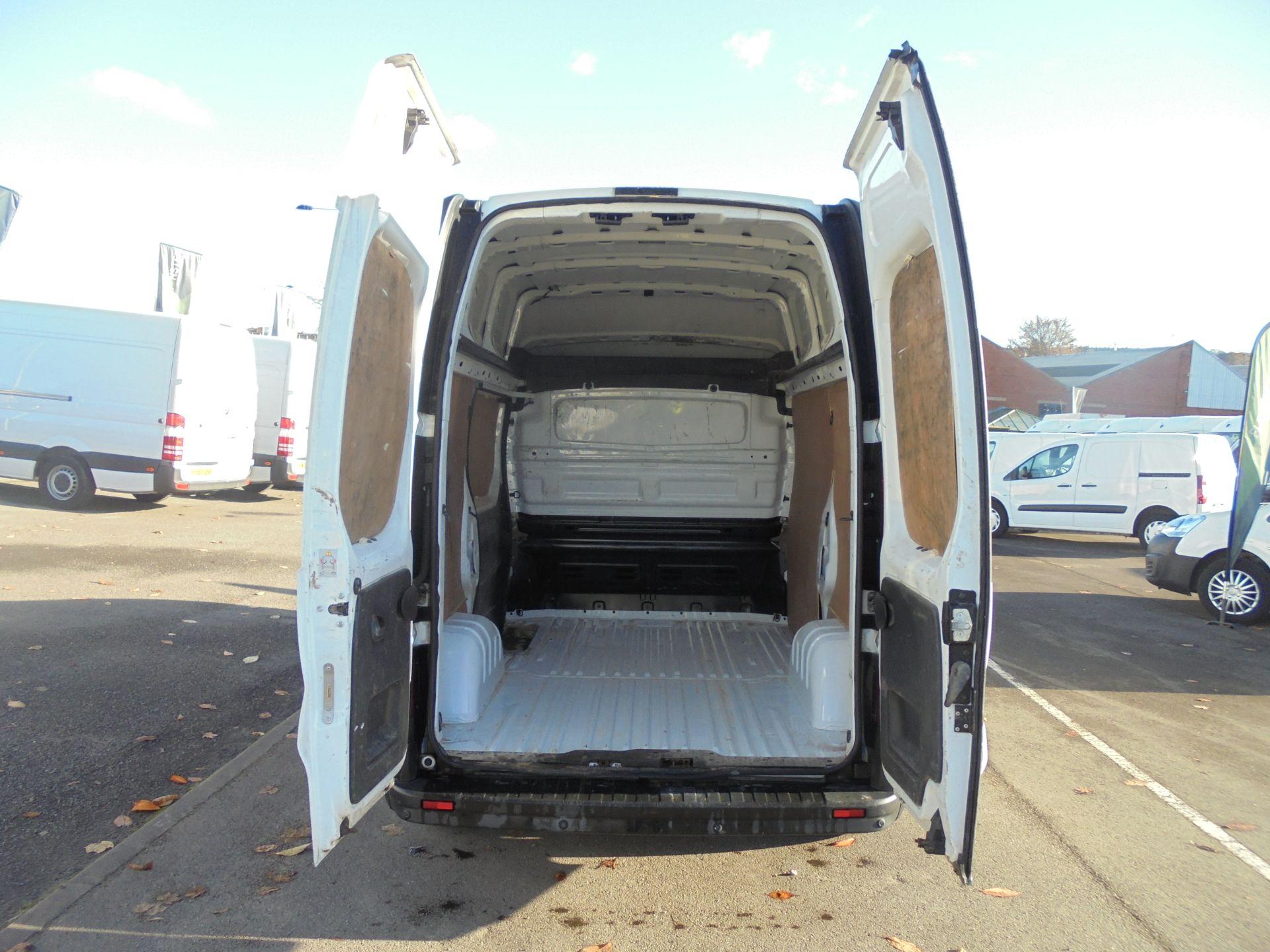 2016 Vauxhall Vivaro 2900 1.6Cdti 120Ps Biturbo Ecoflex L1 H2 Van (DX16XXR) Image 24