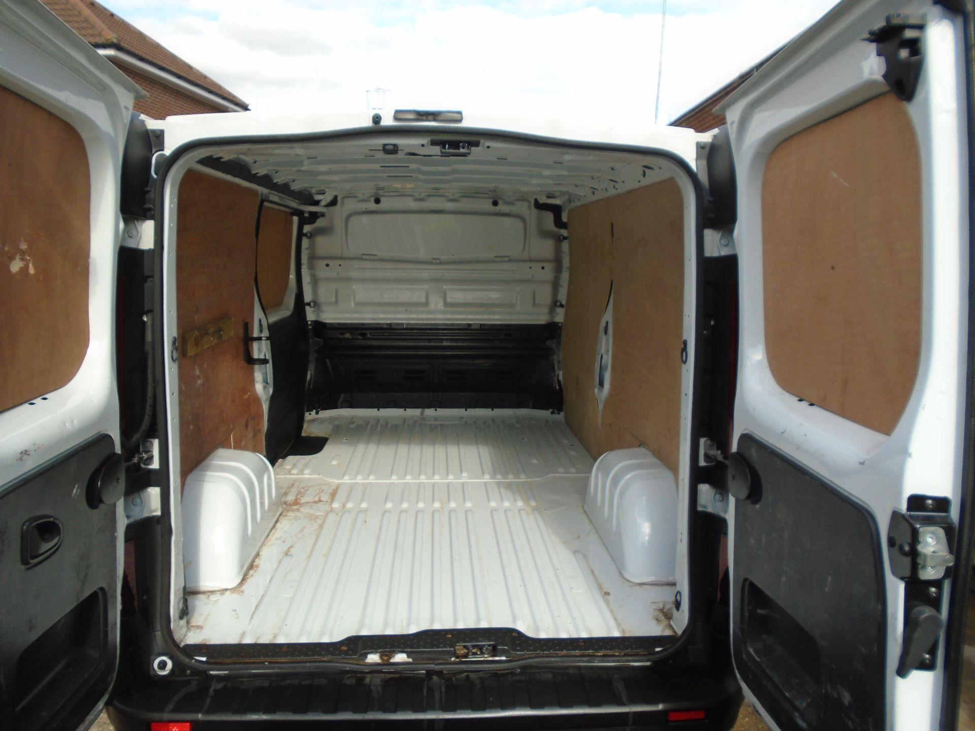 2016 Vauxhall Vivaro 2900 1.6Cdti 115Ps H1 Van EURO 5 (DX16XYT) Image 6