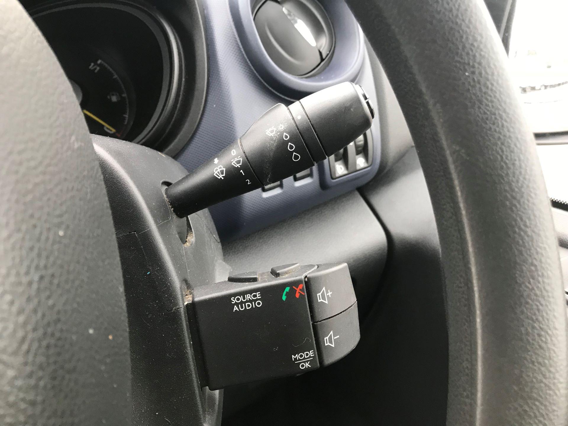 2016 Vauxhall Vivaro   L2 H1 2900 1.6 115PS EURO 5 (DX16YAD) Image 25