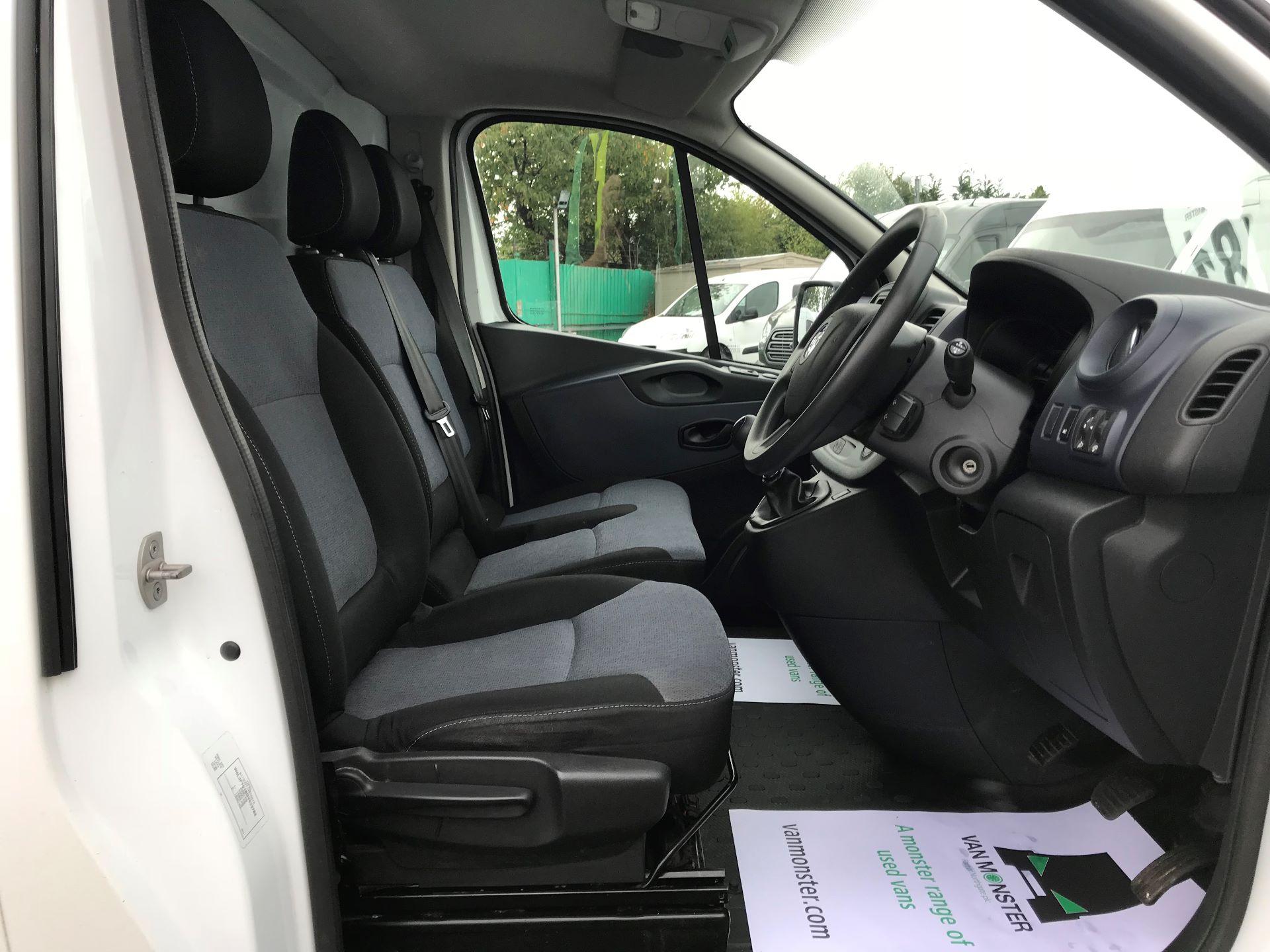 2016 Vauxhall Vivaro   L2 H1 2900 1.6 115PS EURO 5 (DX16YAD) Image 21