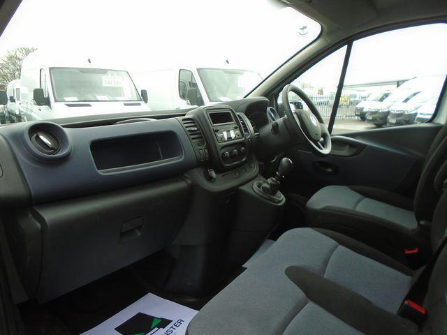 2016 Vauxhall Vivaro  L2 H1 2900 1.6 115PS EURO 5 (DX16YEK) Image 17