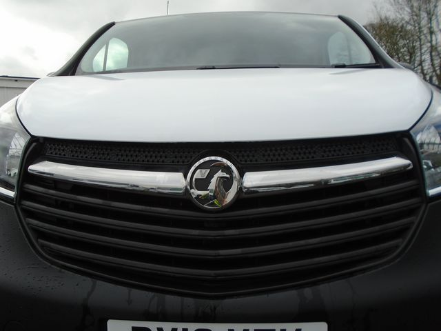 2016 Vauxhall Vivaro  L2 H1 2900 1.6 115PS EURO 5 (DX16YEK) Image 12