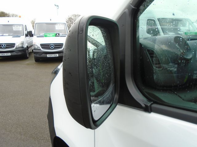 2016 Vauxhall Vivaro  L2 H1 2900 1.6 115PS EURO 5 (DX16YEK) Image 11