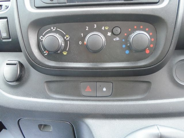 2016 Vauxhall Vivaro  L2 H1 2900 1.6 115PS EURO 5 (DX16YEK) Image 23