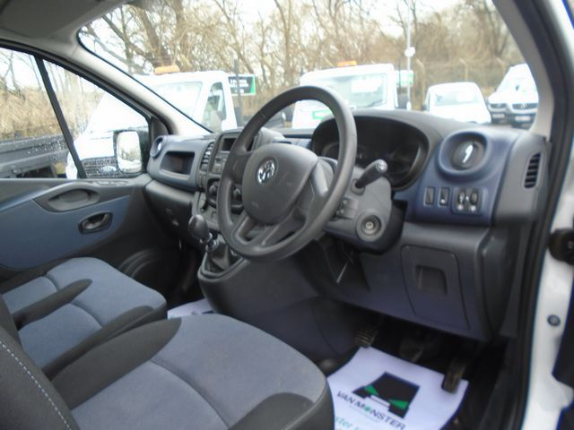 2016 Vauxhall Vivaro  L2 H1 2900 1.6 115PS EURO 5 (DX16YEK) Image 18