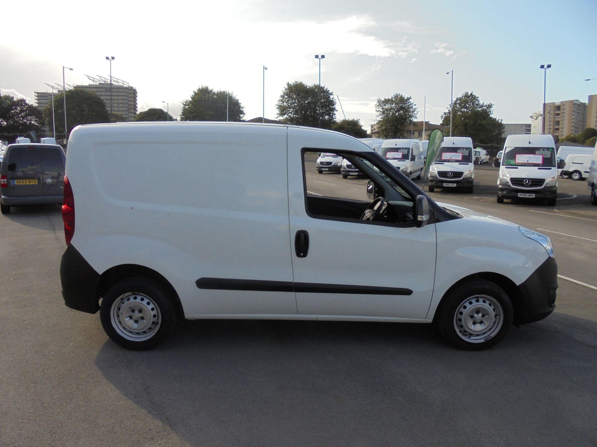 2016 Vauxhall Combo 2000 1.3 Cdti 16V H1 Van (DX16YHZ) Image 8