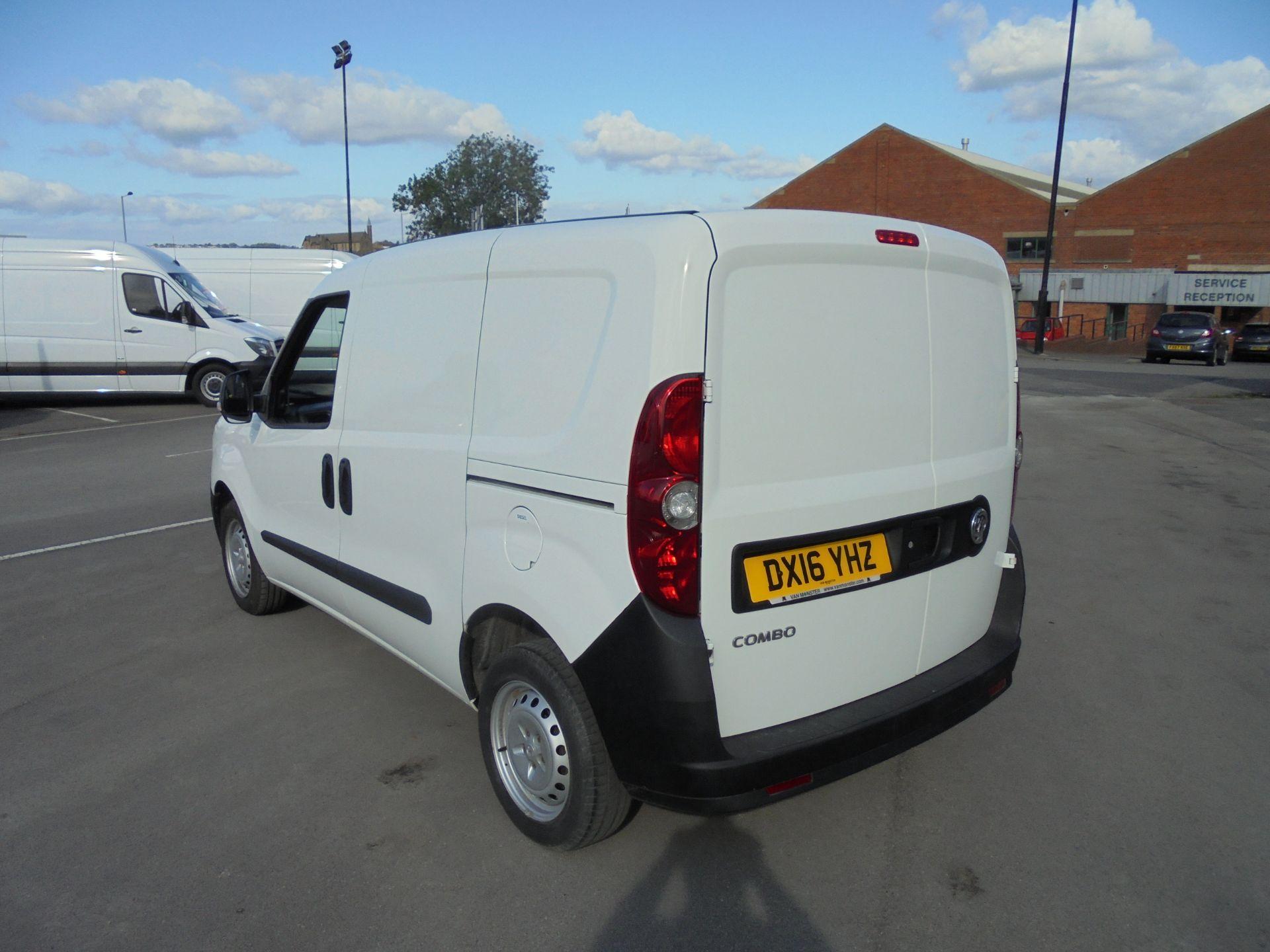 2016 Vauxhall Combo 2000 1.3 Cdti 16V H1 Van (DX16YHZ) Image 5