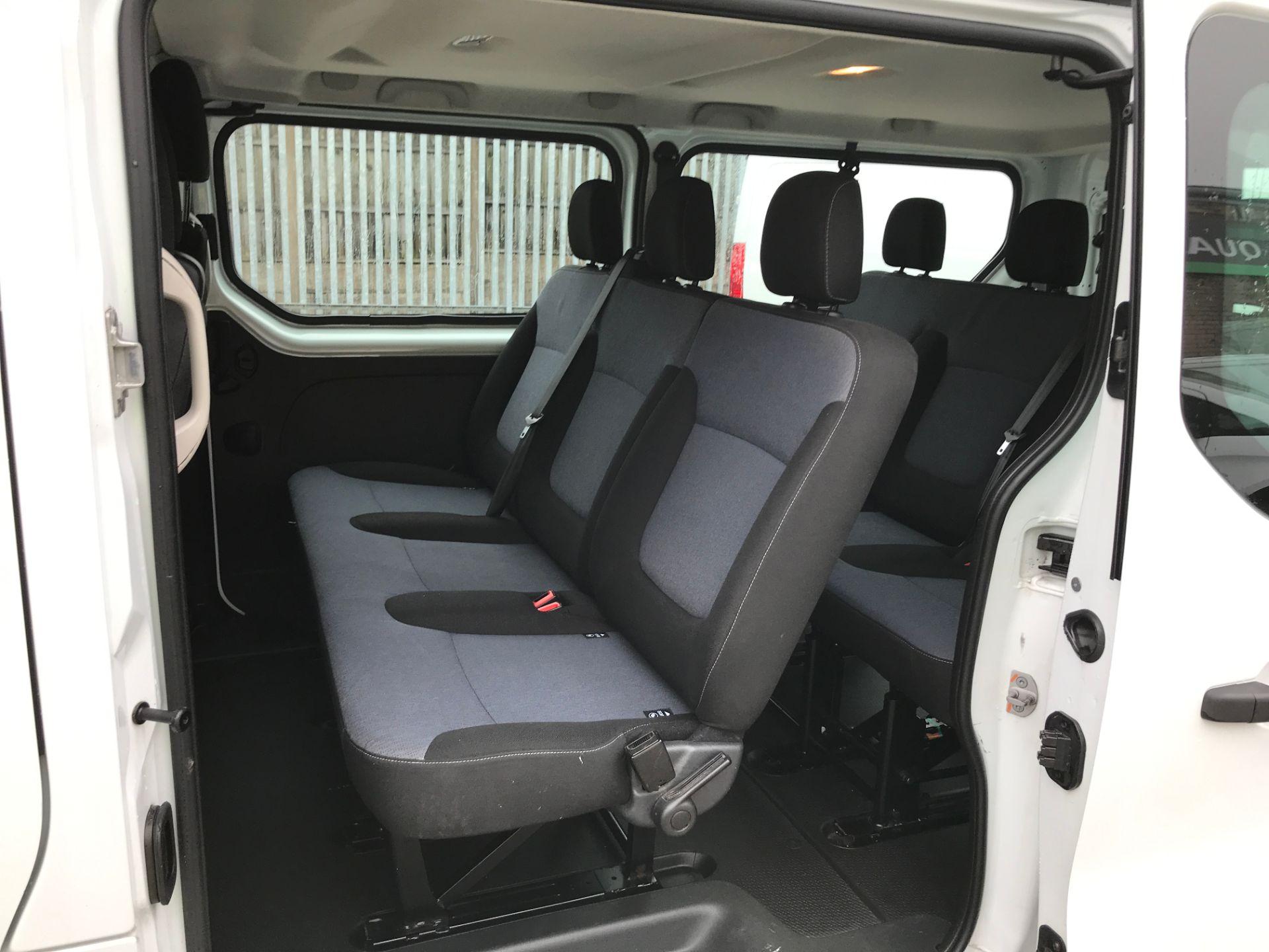 2017 Vauxhall Vivaro 2900 L2 H1 1.6BITURBO 125PS ECOFLEX 9 SEAT EURO 6 (DX17VYS) Image 19