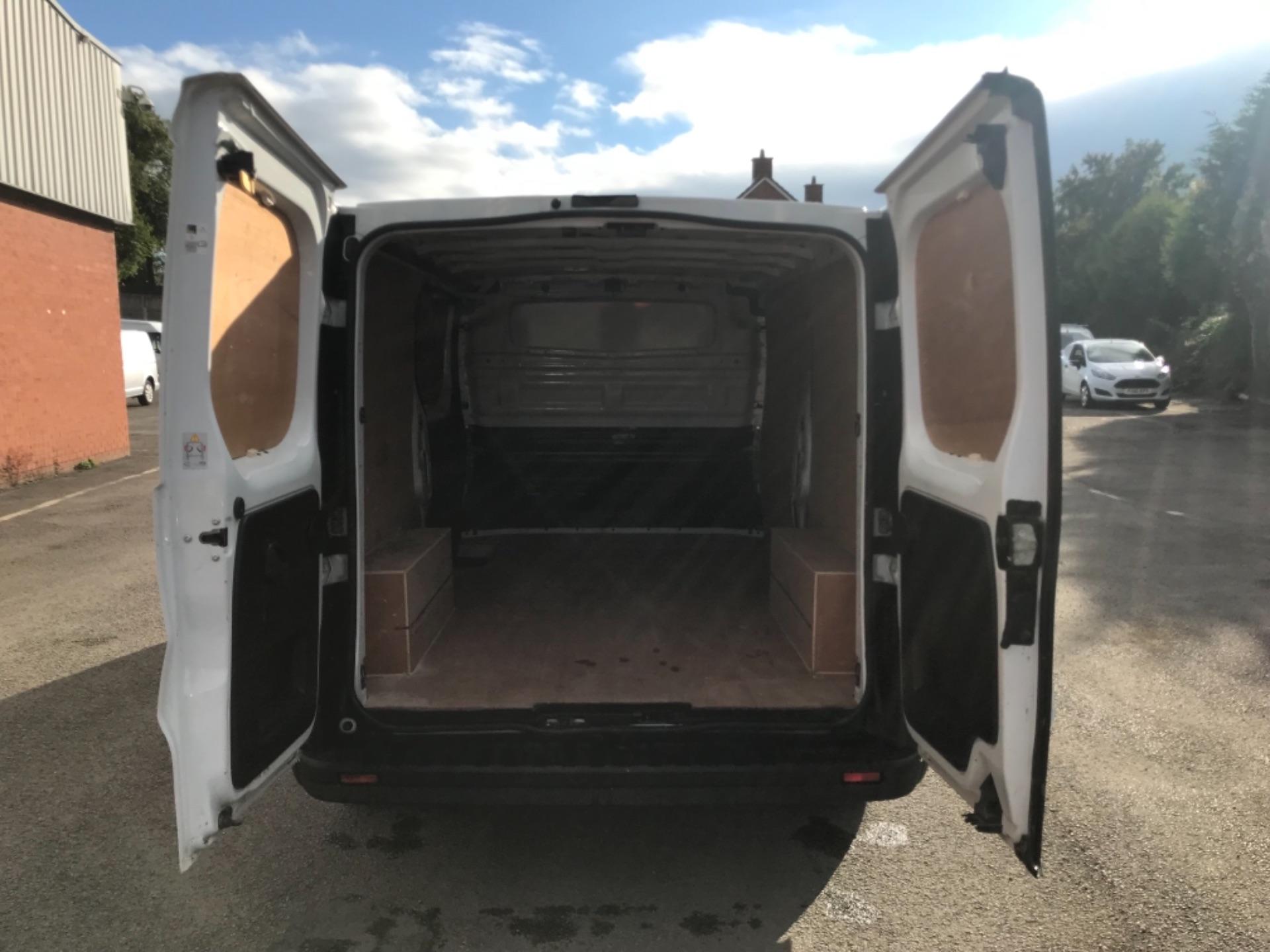 2017 Vauxhall Vivaro L2 2900 1.6Cdti 120Ps H1 Van EURO 6 (SPEED LIMITED TO 68MPH) (DX17VZB) Image 26