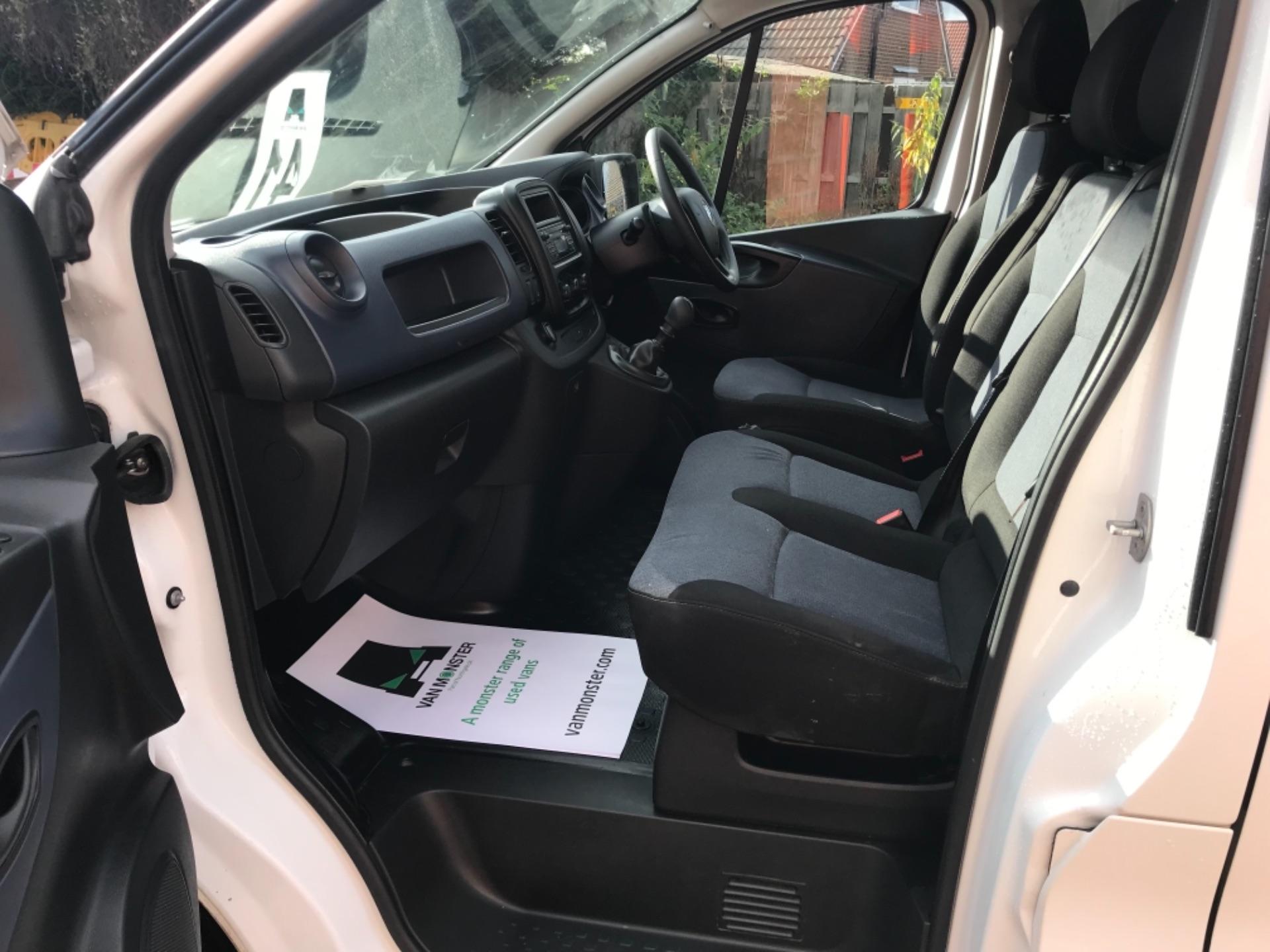 2017 Vauxhall Vivaro L2 2900 1.6Cdti 120Ps H1 Van EURO 6 (SPEED LIMITED TO 68MPH) (DX17VZB) Image 21