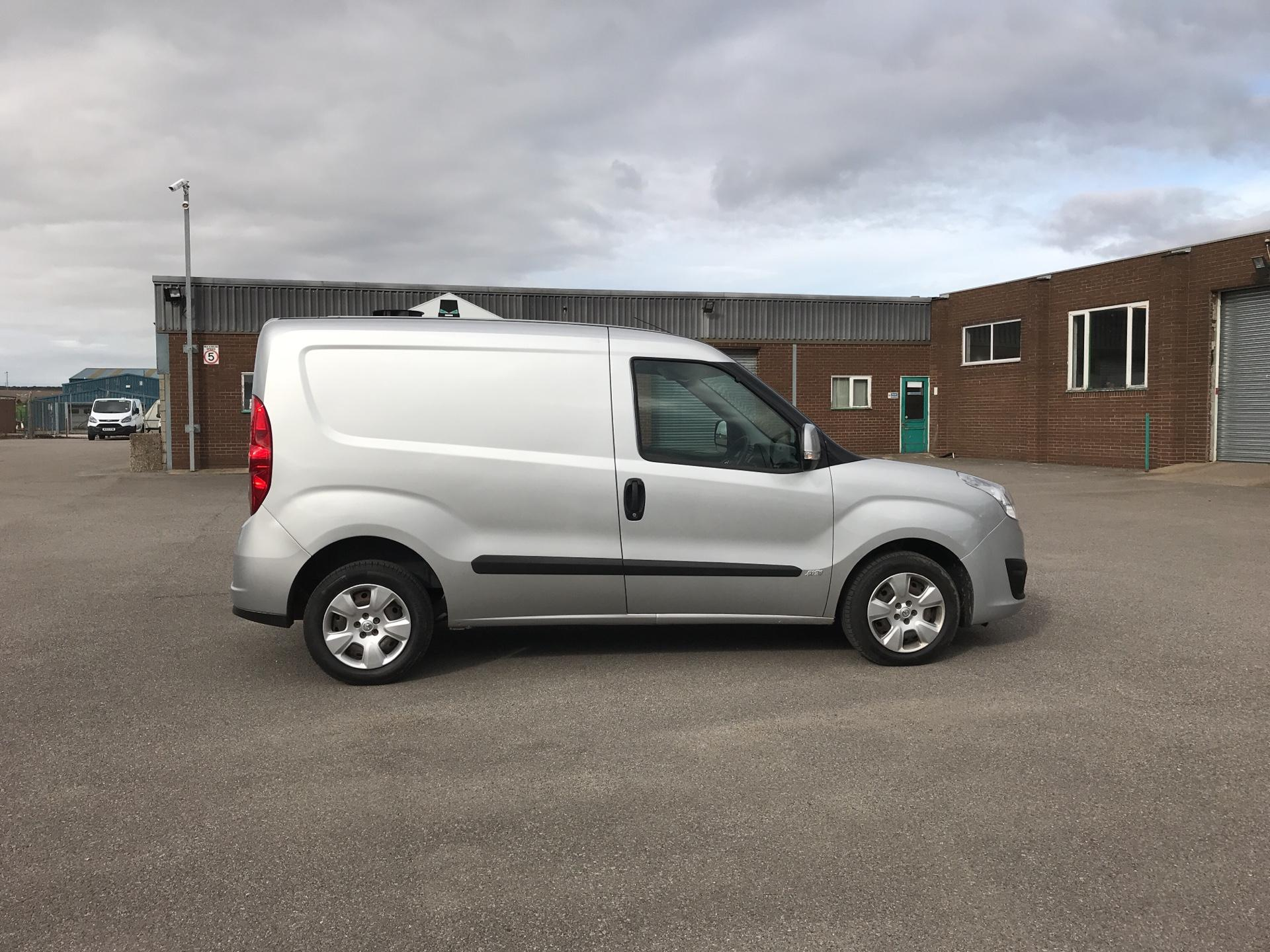 2014 Vauxhall Combo  L1 H1 2000 1.3 16V SPORTIVE EURO 5 AIR CON (DX64WJF) Image 2
