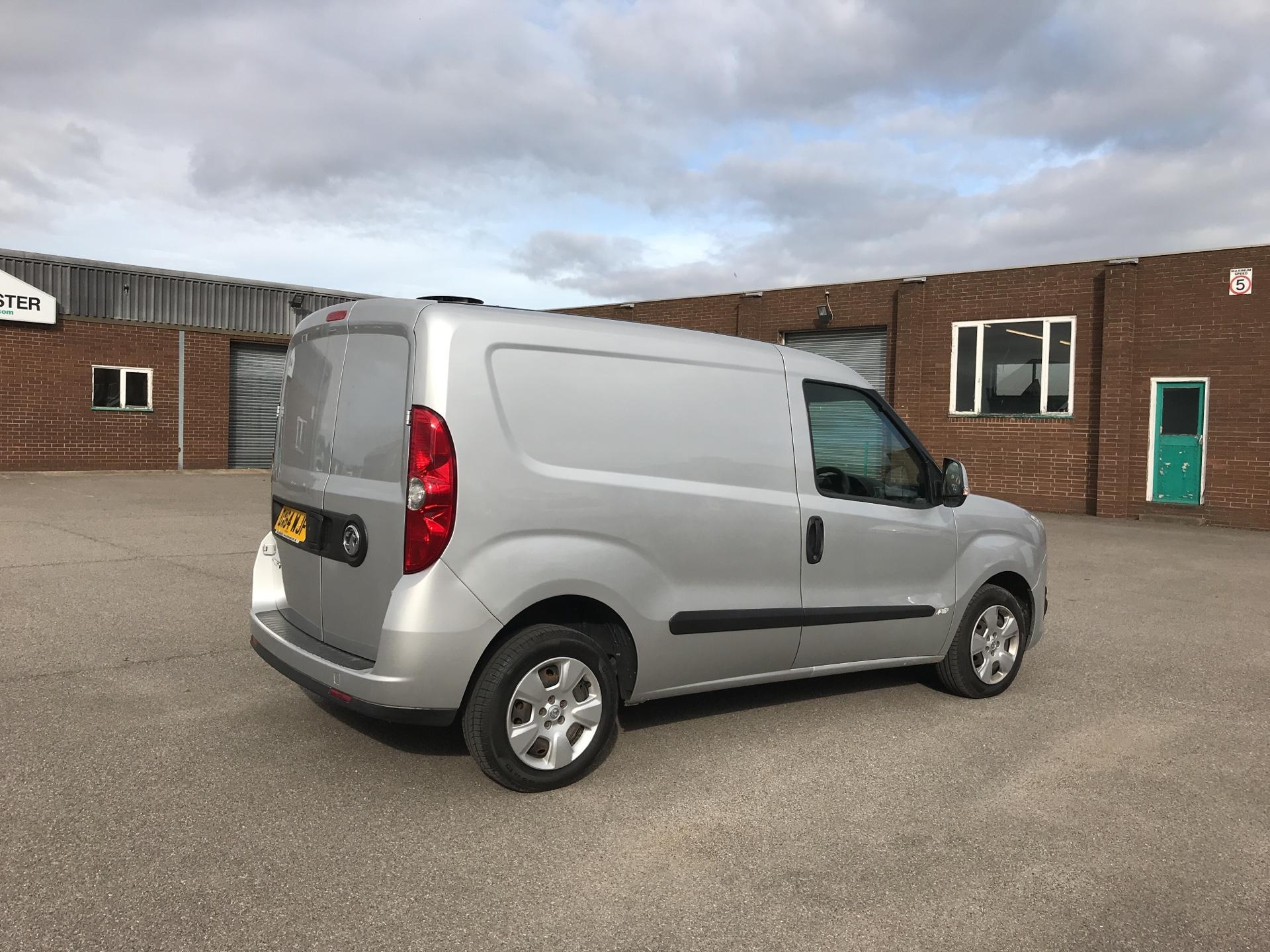 2014 Vauxhall Combo  L1 H1 2000 1.3 16V SPORTIVE EURO 5 AIR CON (DX64WJF) Image 3