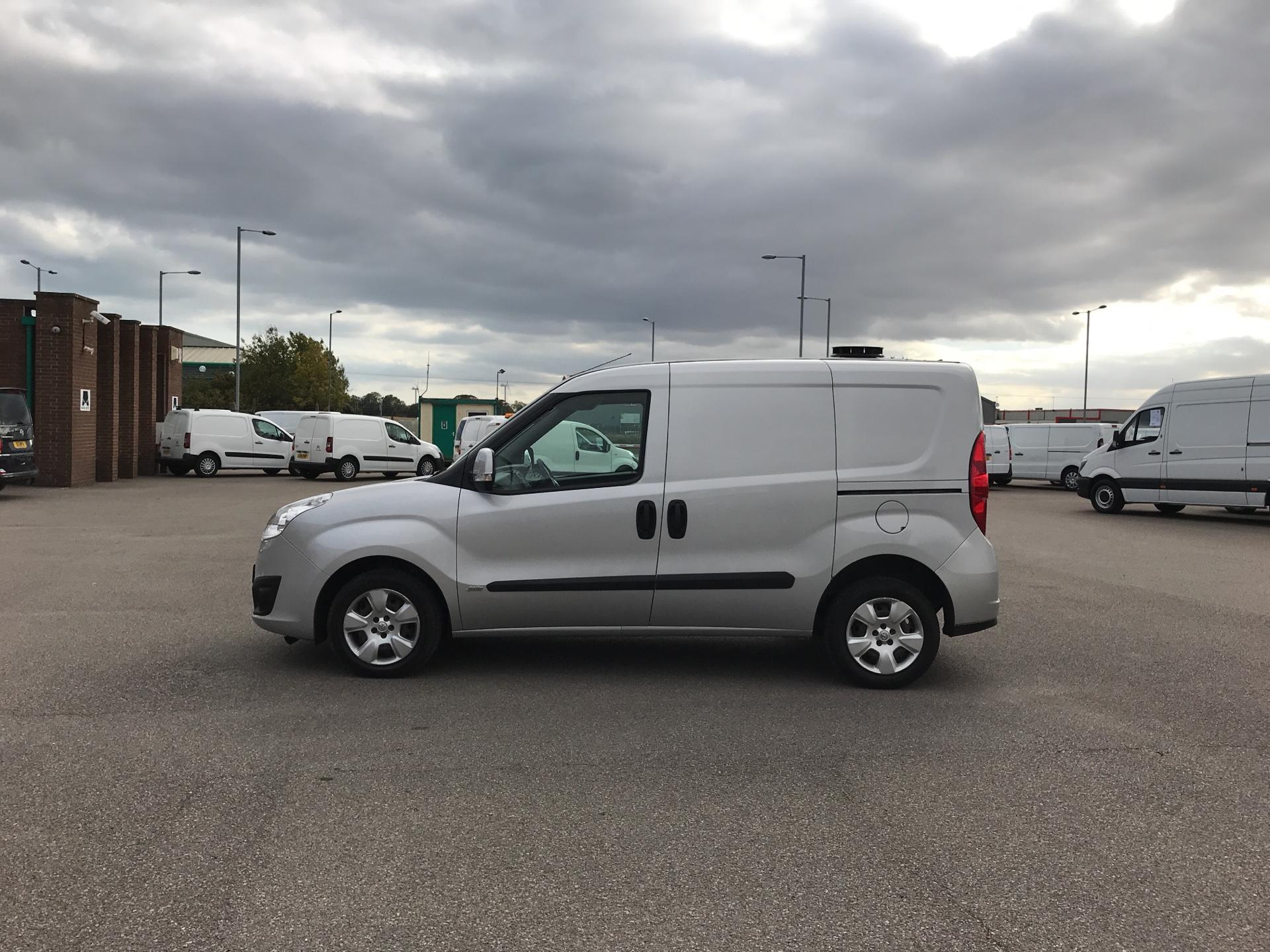 2014 Vauxhall Combo  L1 H1 2000 1.3 16V SPORTIVE EURO 5 AIR CON (DX64WJF) Image 6