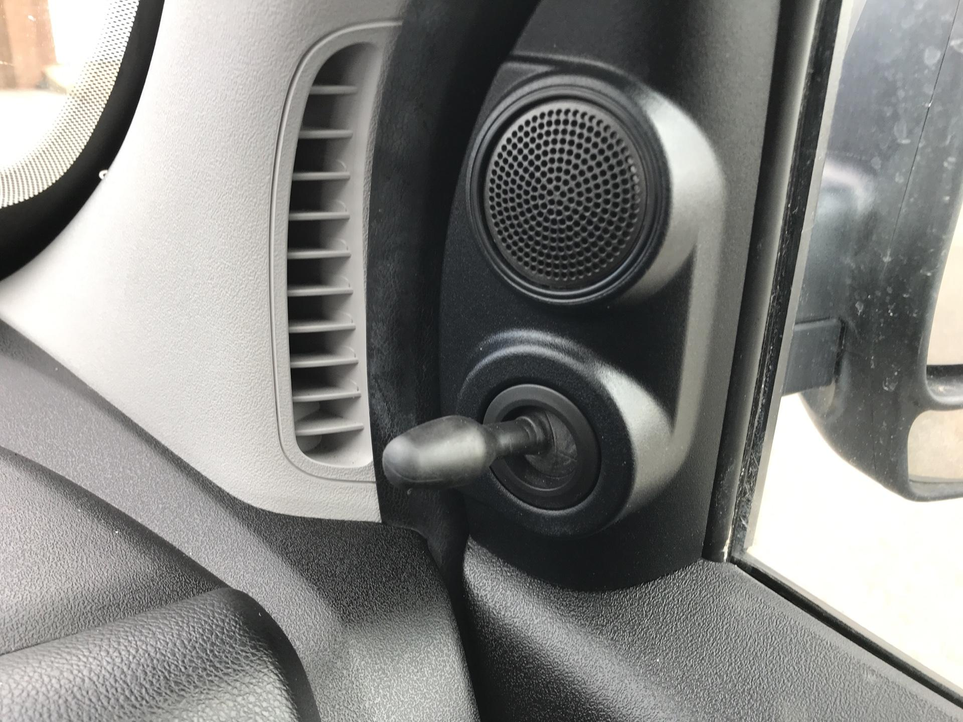 2014 Vauxhall Combo  L1 H1 2000 1.3 16V SPORTIVE EURO 5 AIR CON (DX64WJF) Image 18