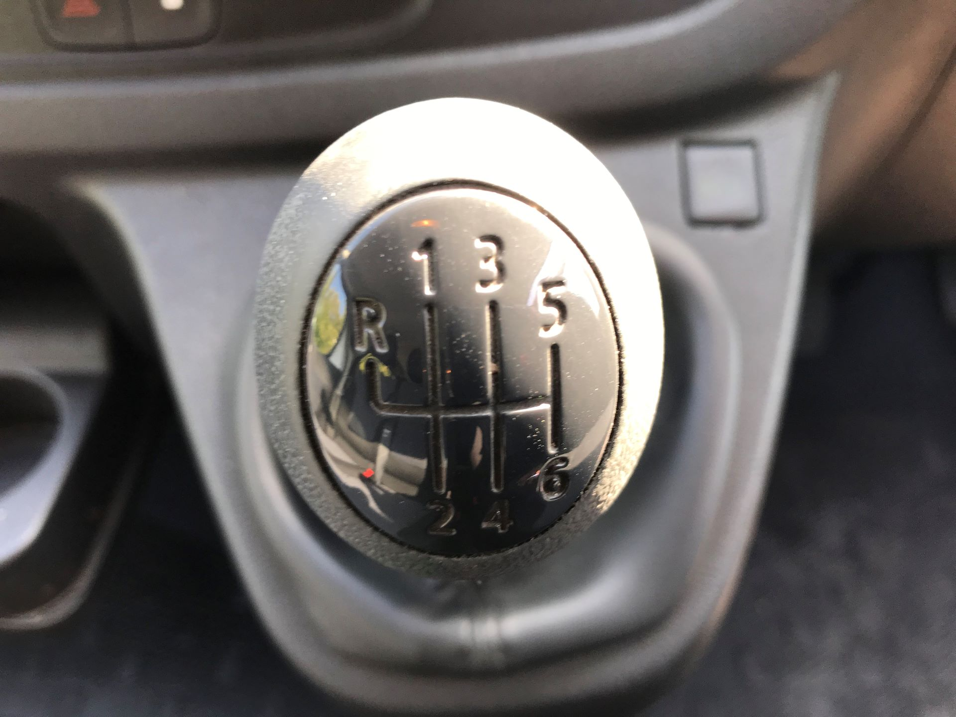 2015 Vauxhall Vivaro  L2 H1 2900 1.6 115PS COMBI 9 SEAT EURO 5 (DX65UBJ) Image 7