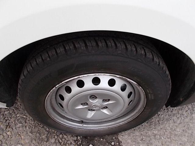 2015 Vauxhall Combo  L1 H1 2000 1.3 16V  EURO 5 (DX65WOY) Image 24