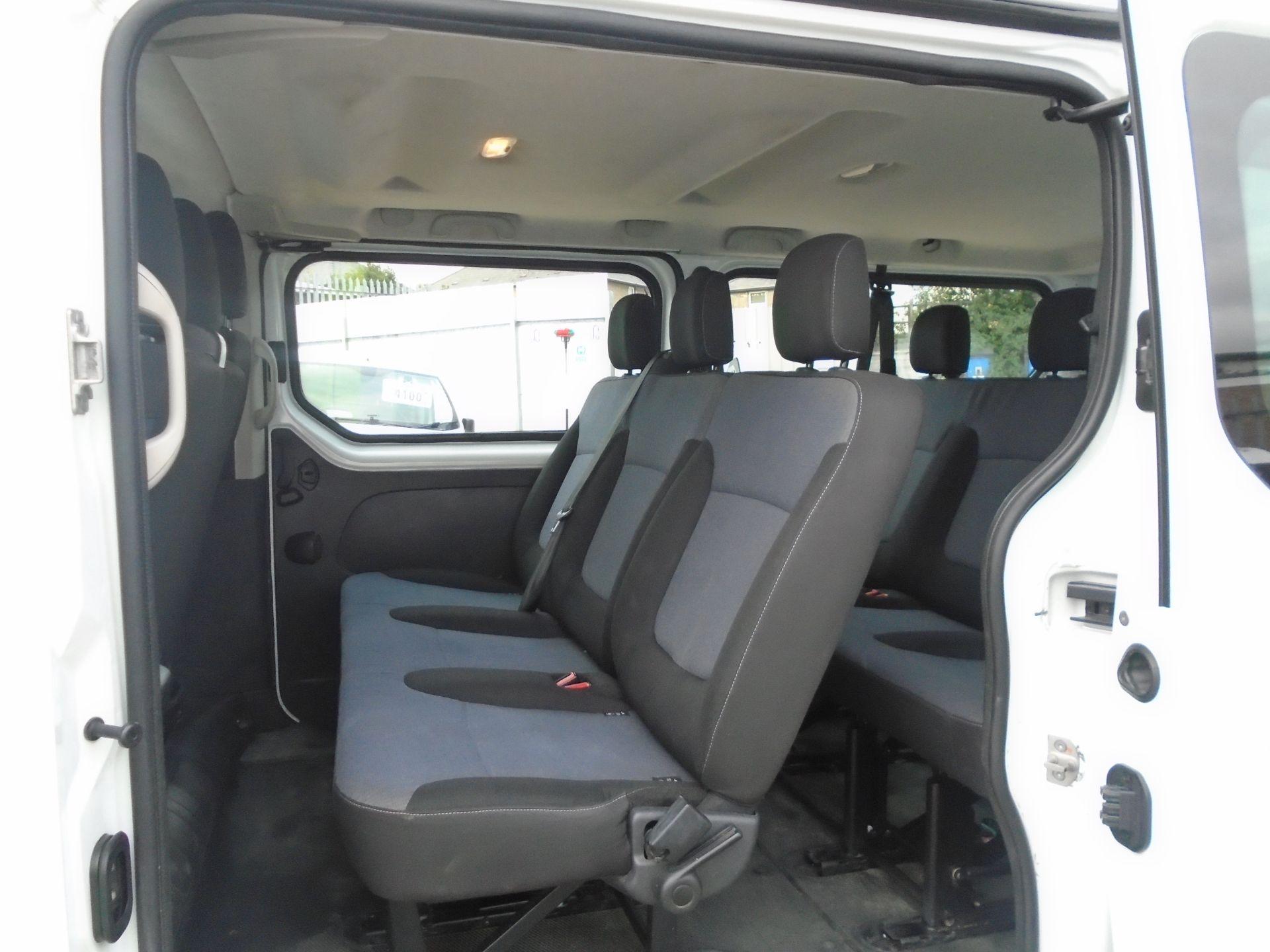 2015 Vauxhall Vivaro 2900 1.6Cdti 115Ps H1 Combi 9 Seat (DX65WTV) Image 14