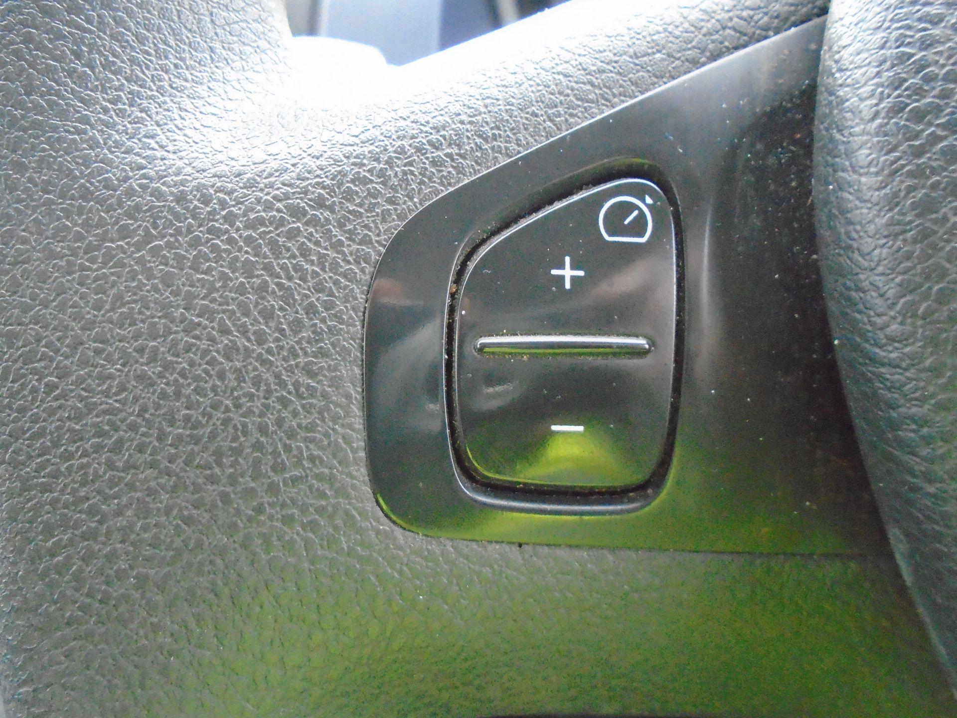 2015 Vauxhall Vivaro 2900 1.6Cdti 115Ps H1 Combi 9 Seat (DX65WTV) Image 26
