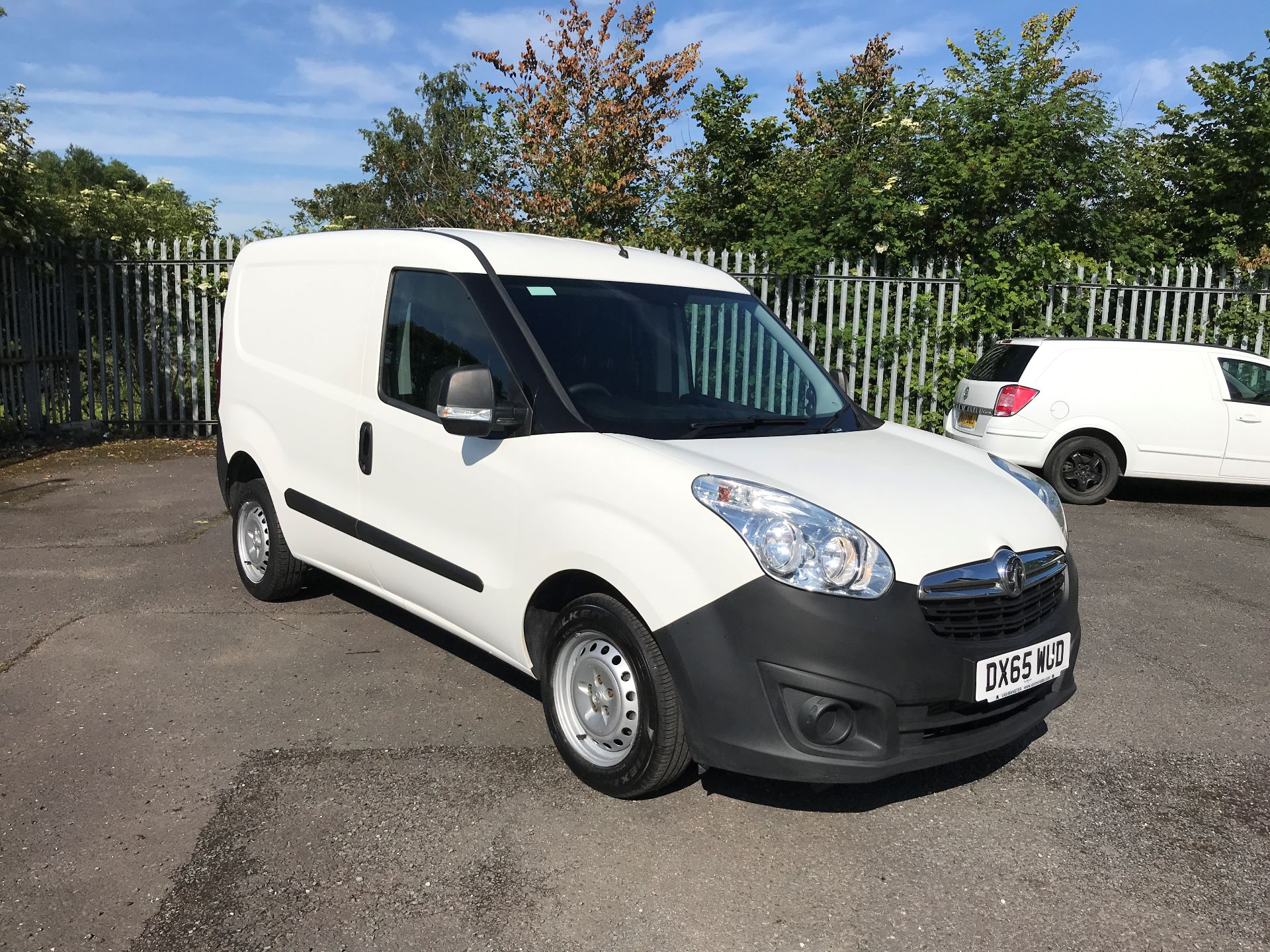 2015 Vauxhall Combo 2000 L1 H1 1.3CDTI 75PS EURO 5 (DX65WUD)
