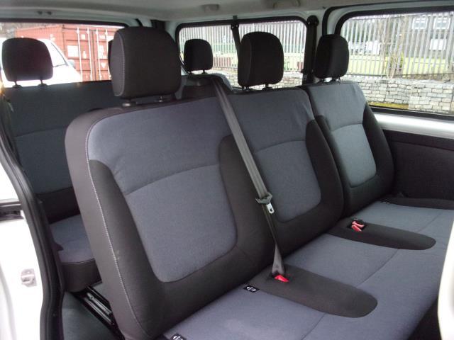 2015 Vauxhall Vivaro 2900 1.6Cdti 115Ps L2 H1 Combi 9 Seat (DX65WVO) Image 9