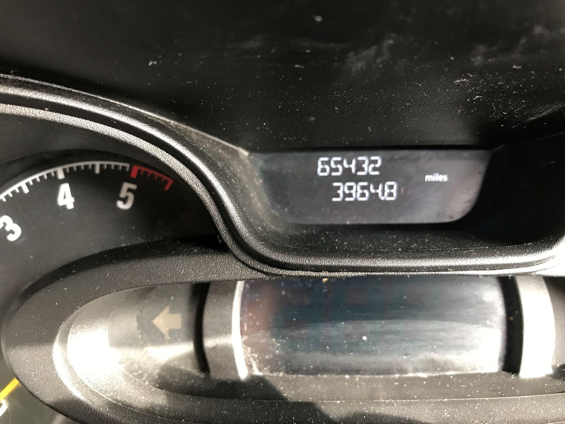 2015 Vauxhall Vivaro 2900 L2 H1 1.6CDTI 115PS (DX65WVZ) Image 15