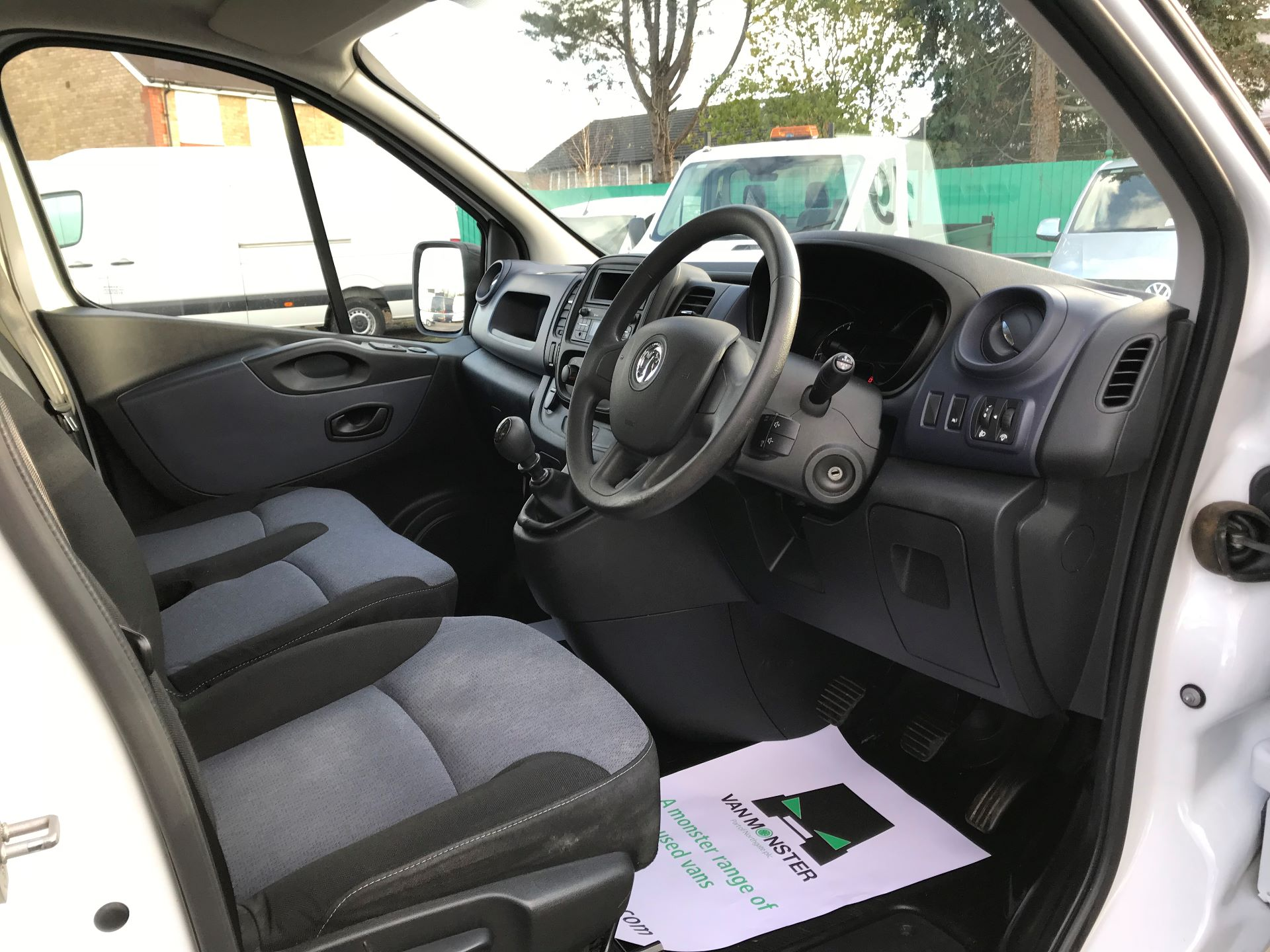 2017 Vauxhall Vivaro  L2 H1 2900 1.6 CDTI 120PS EURO 6 (DY17UFG) Image 19