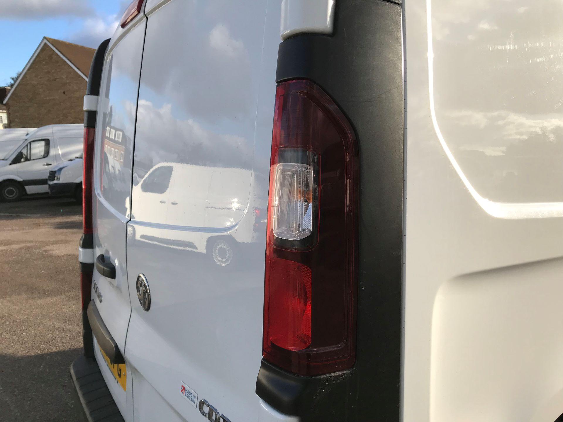 2017 Vauxhall Vivaro  L2 H1 2900 1.6 CDTI 120PS EURO 6 (DY17UFG) Image 13