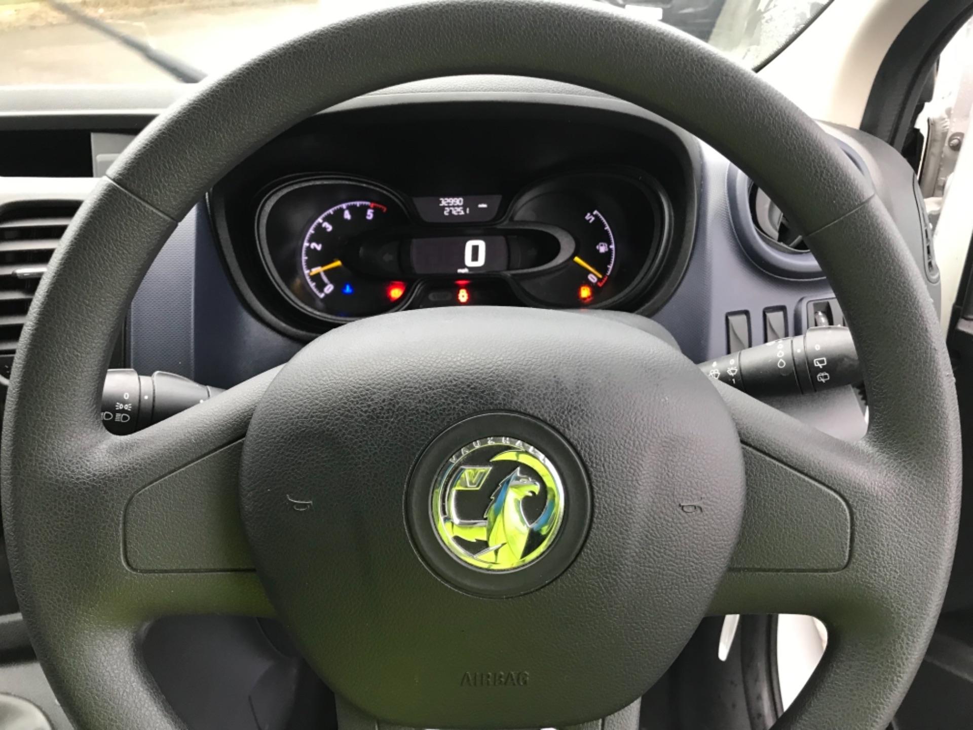 2017 Vauxhall Vivaro 2900 1.6Cdti Biturbo 125Ps H1 Combi 9 Seat Euro 6 (DY17UGF) Image 17
