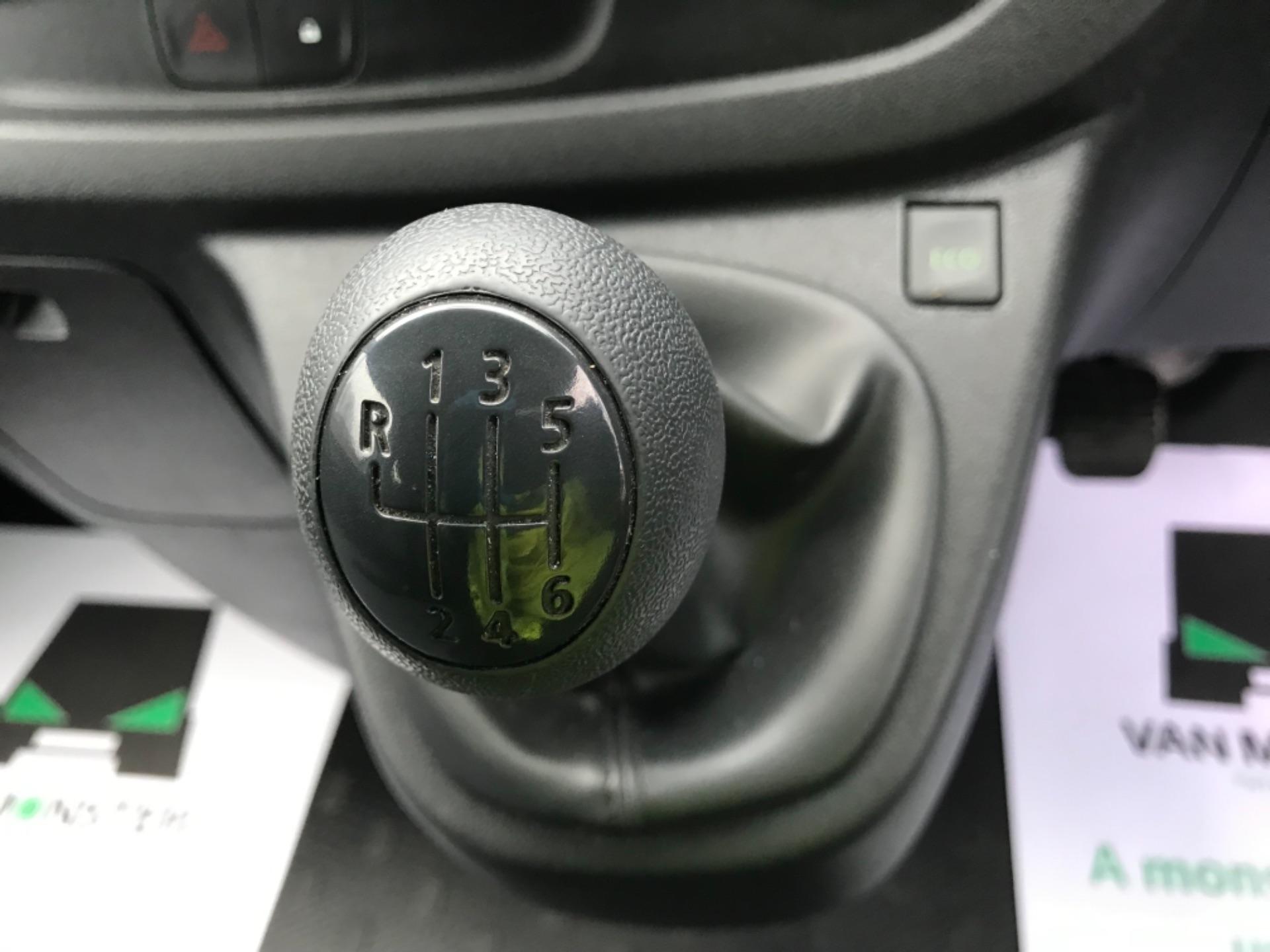 2017 Vauxhall Vivaro 2900 1.6Cdti Biturbo 125Ps H1 Combi 9 Seat Euro 6 (DY17UGF) Image 16