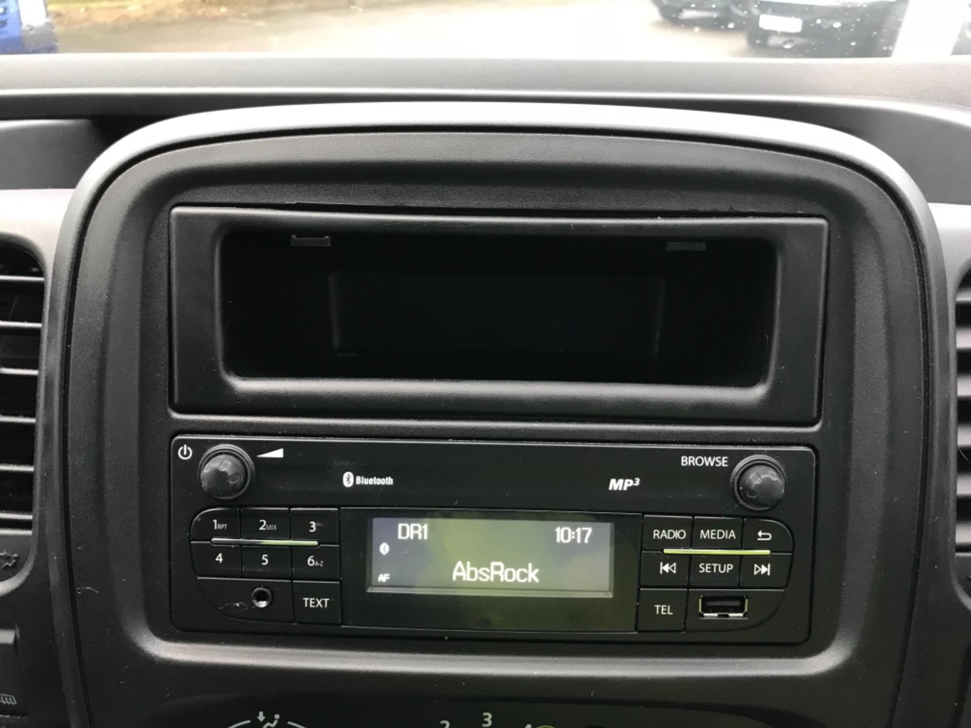 2017 Vauxhall Vivaro 2900 1.6Cdti Biturbo 125Ps H1 Combi 9 Seat Euro 6 (DY17UGF) Image 11
