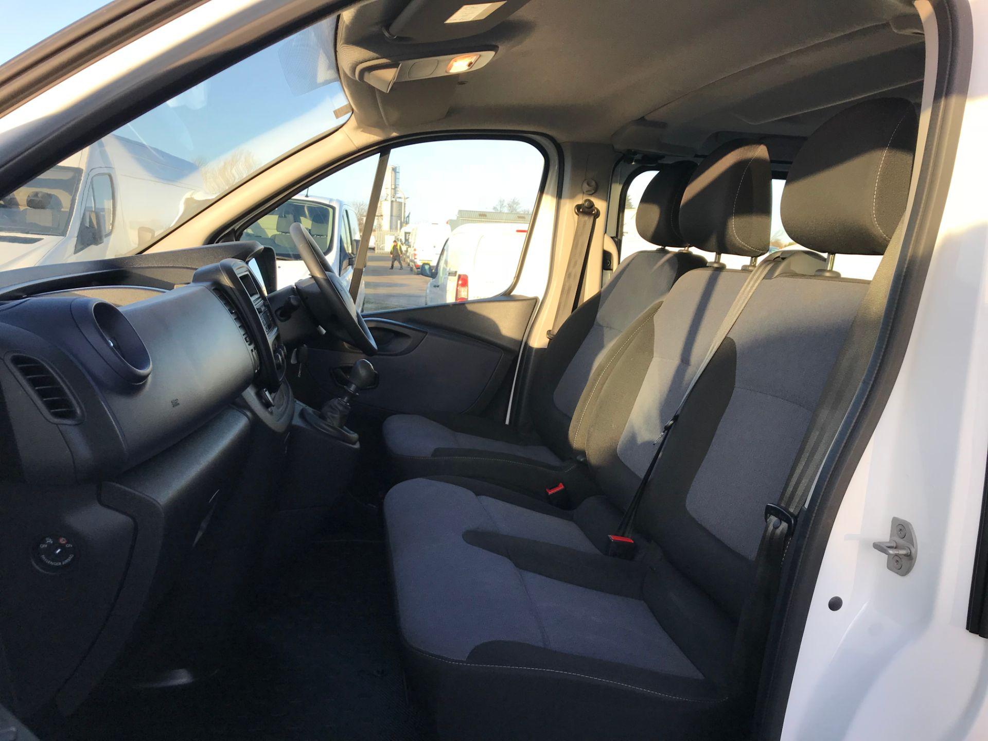 2017 Vauxhall Vivaro 2900 1.6Cdti Biturbo 125Ps H1 Combi 9 Seat (DY17UGS) Image 13