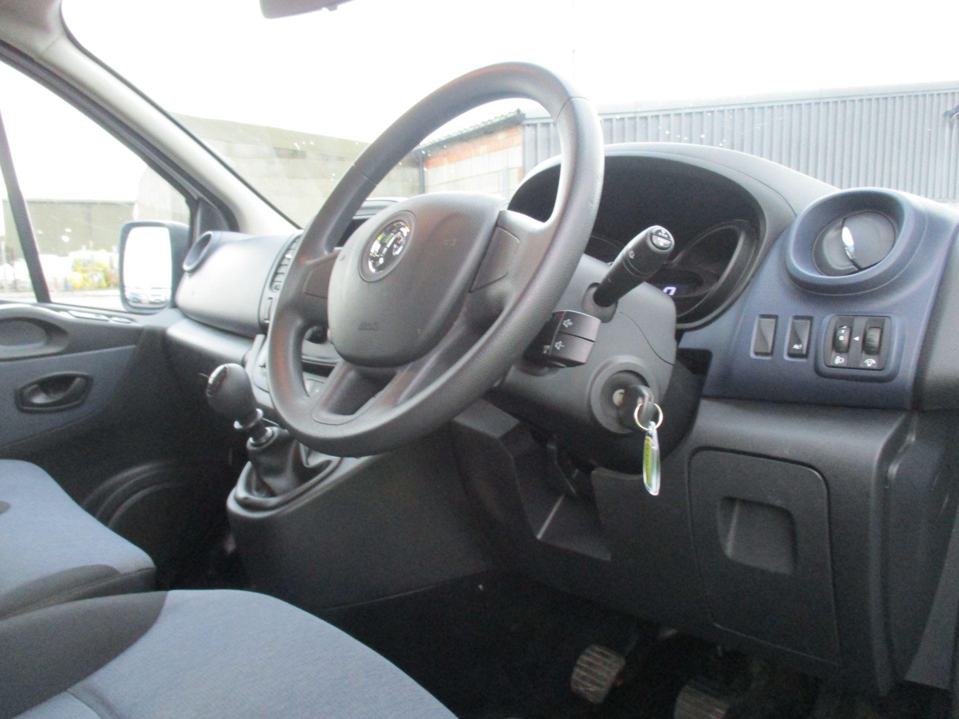 2017 Vauxhall Vivaro L2 H1 2900 1.6 CDTI 125PS BI TURBO 9 SEATER COMBI EURO 6. VAT INC (DY17UJE) Image 14