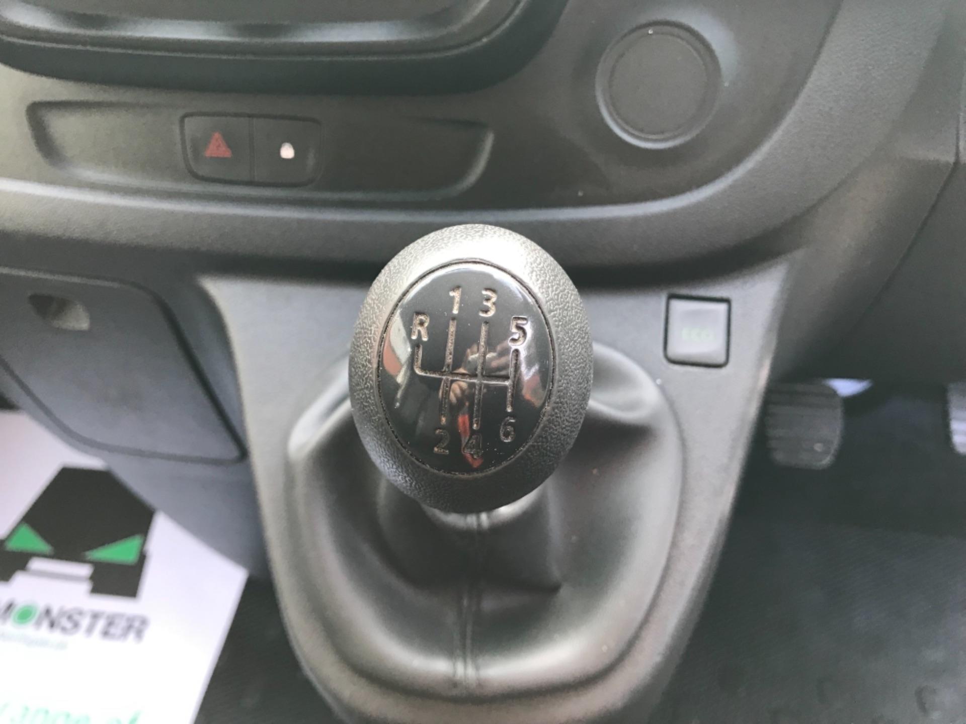 2017 Vauxhall Vivaro 2900 1.6Cdti Biturbo 125Ps H1 Combi 9 Seat EURO 6  (DY17USB) Image 19
