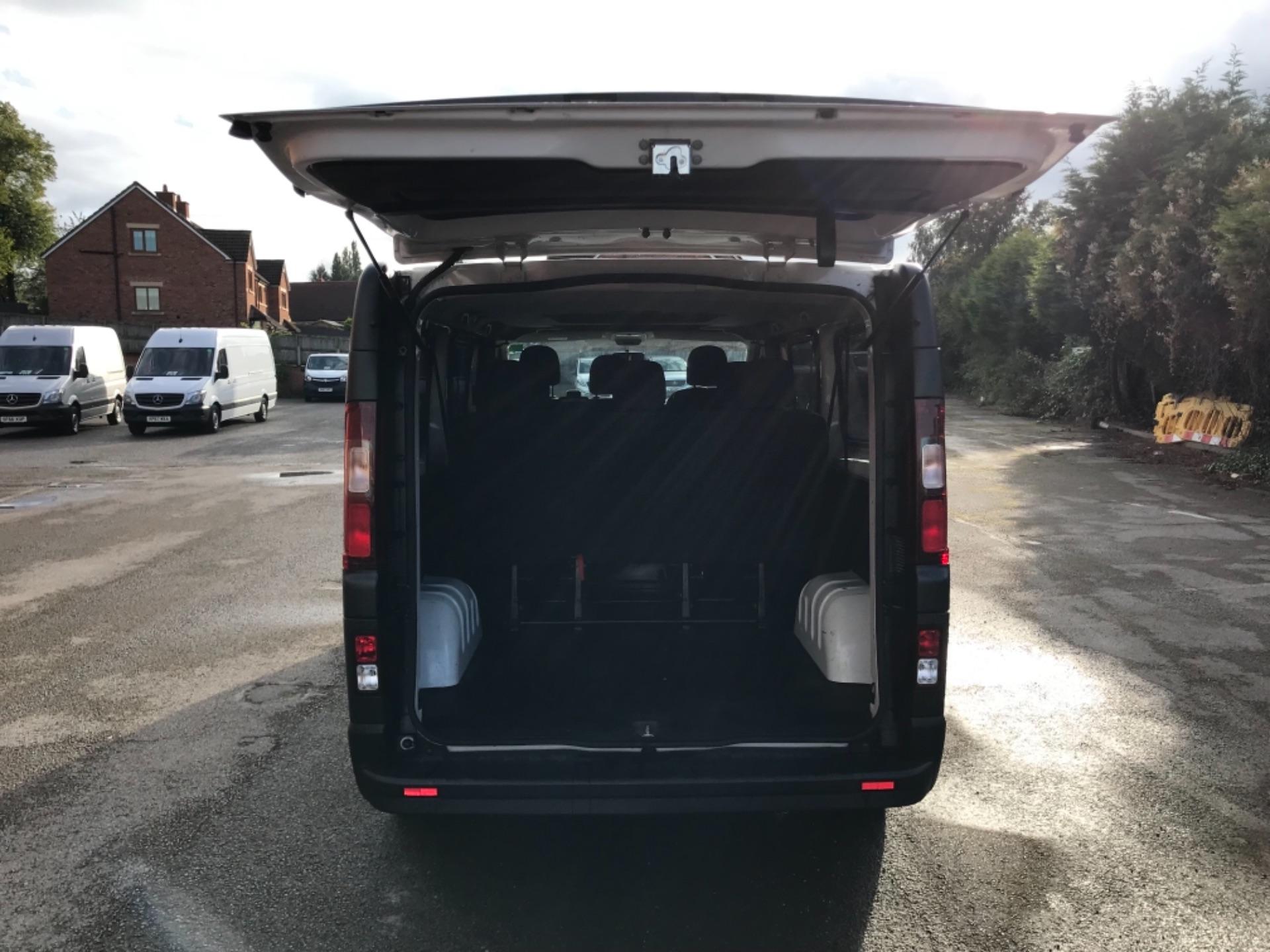 2017 Vauxhall Vivaro 2900 1.6Cdti Biturbo 125Ps H1 Combi 9 Seat EURO 6  (DY17USB) Image 29