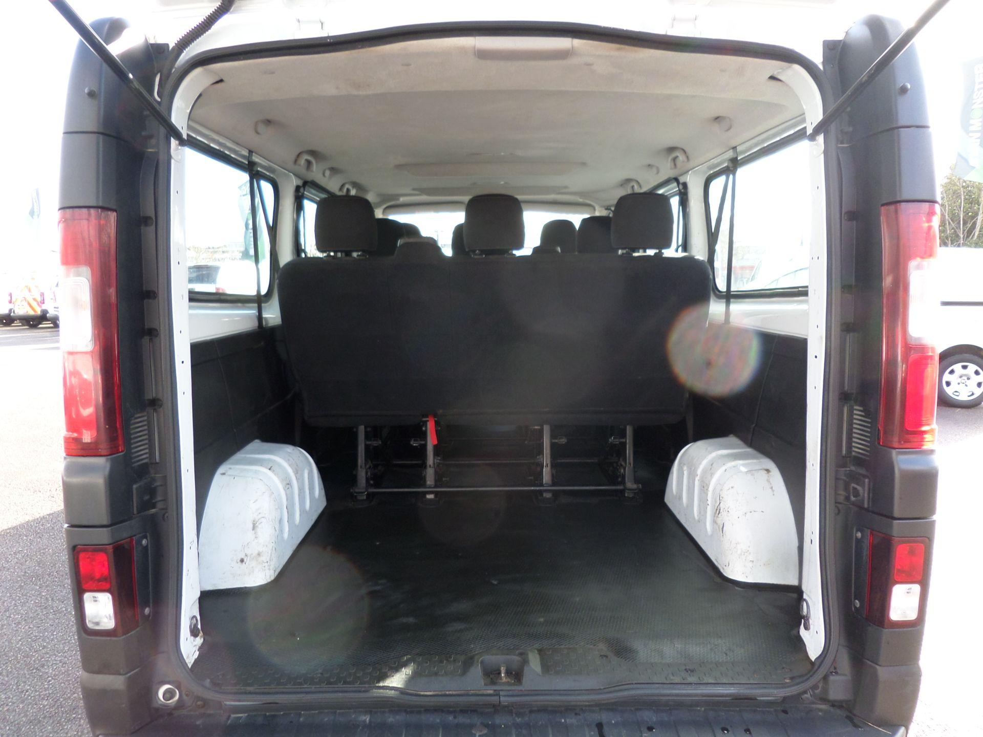 2017 Vauxhall Vivaro 2900 1.6Cdti Biturbo 125Ps H1 Combi 9 Seat (NO VAT) 70mph Limited (DY17UTV) Image 5