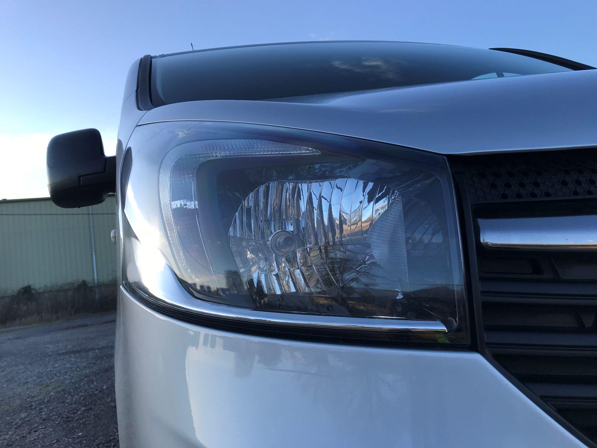 2017 Vauxhall Vivaro 2900 1.6Cdti Biturbo 125Ps H1 Combi 9 Seat (DY17UVM) Image 18