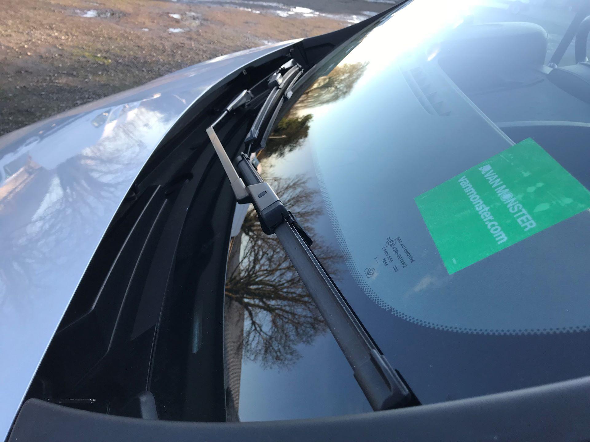 2017 Vauxhall Vivaro 2900 1.6Cdti Biturbo 125Ps H1 Combi 9 Seat (DY17UVM) Image 20