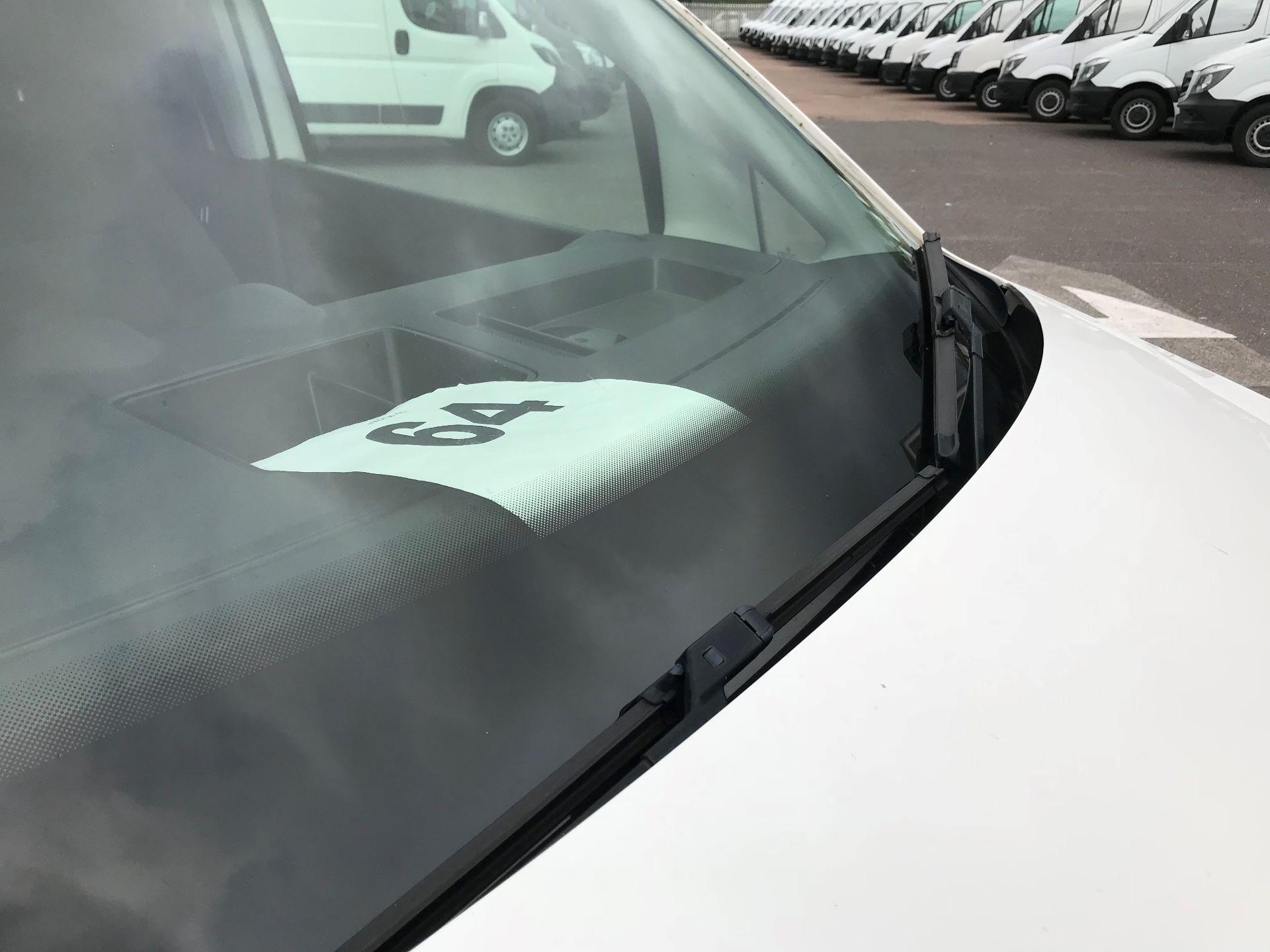 2014 Volkswagen Caddy   1.6 75PS   STARTLINE EURO 5 (DY64BUA) Image 15
