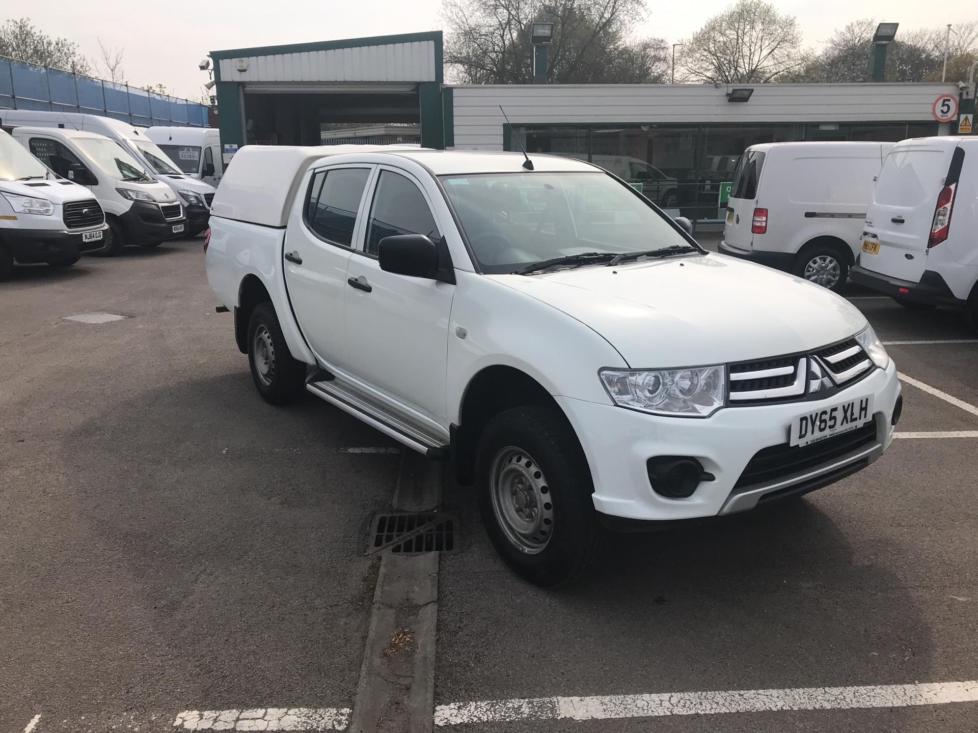 2015 Mitsubishi L200 Double Cab Di-D 4Life 4Wd 134Bhp *VALUE RANGE VEHICLE CONDITION REFLECTED IN PRICE* (DY65XLH)