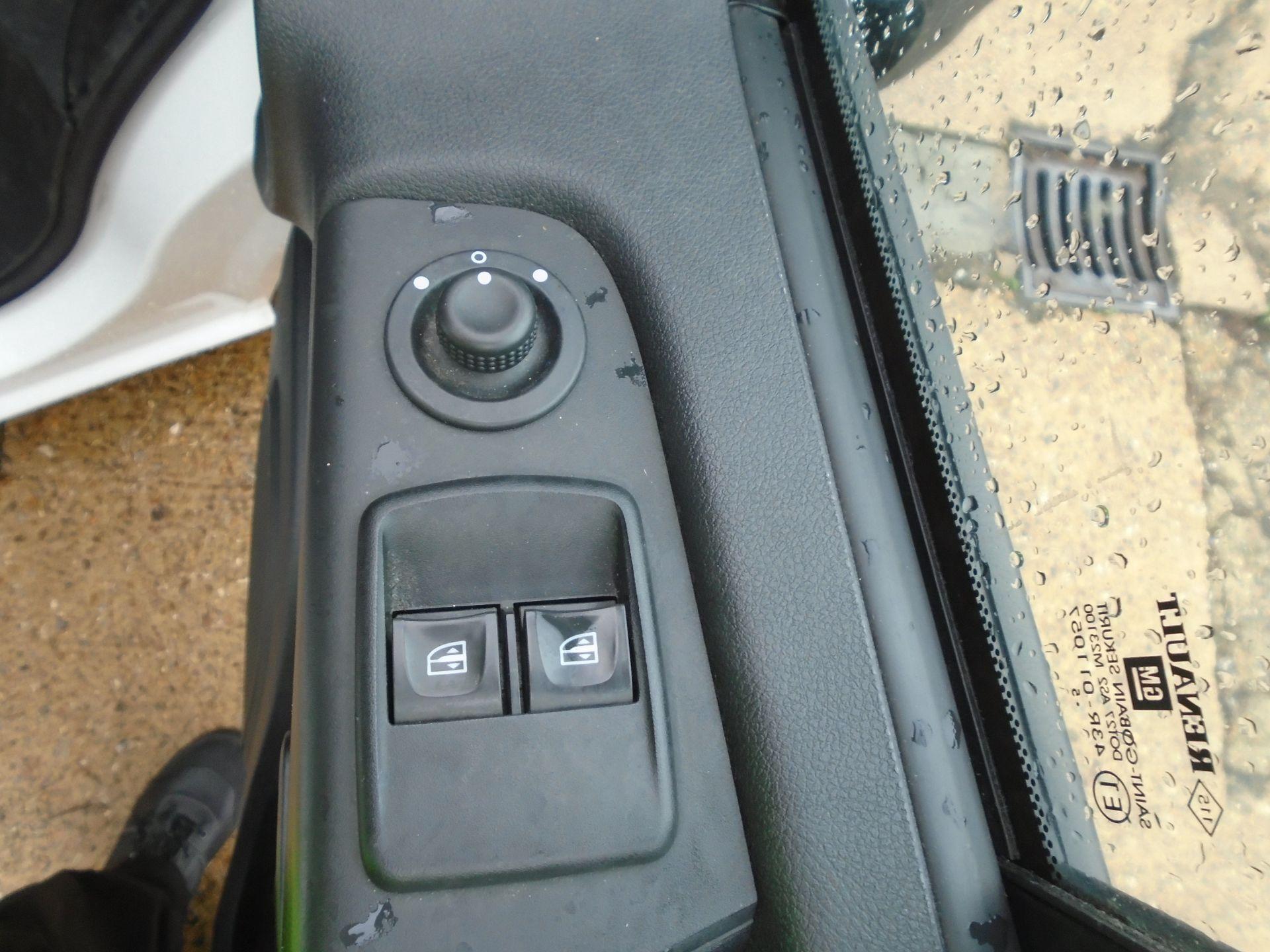 2015 Vauxhall Vivaro 2900 1.6Cdti 115Ps H1 Van(EURO 5) (DY65YGV) Image 16