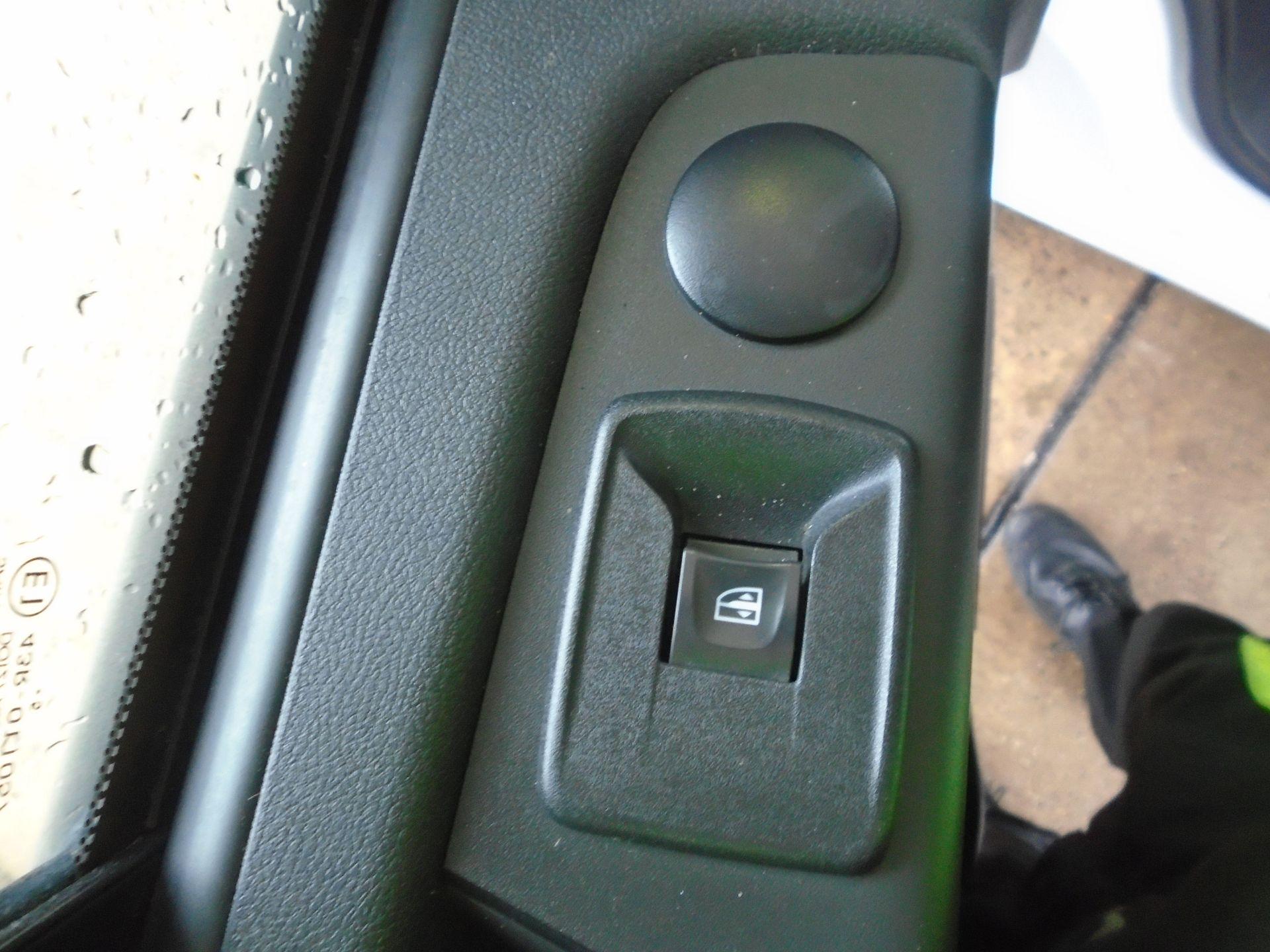 2015 Vauxhall Vivaro 2900 1.6Cdti 115Ps H1 Van(EURO 5) (DY65YGV) Image 14
