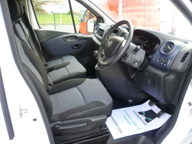 2015 Vauxhall Vivaro  L2 H1 2900 1.6 115PS EURO 5 (DY65YHG) Image 17