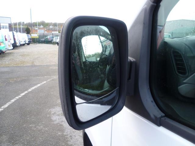 2015 Vauxhall Vivaro  L2 H1 2900 1.6 115PS EURO 5 (DY65YHG) Image 11