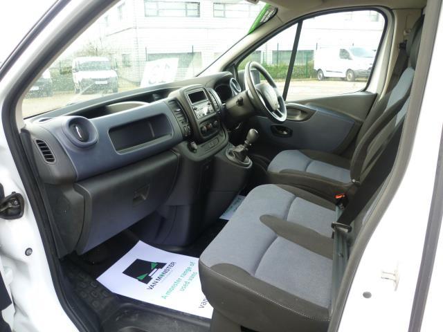 2015 Vauxhall Vivaro  L2 H1 2900 1.6 115PS EURO 5 (DY65YHG) Image 19