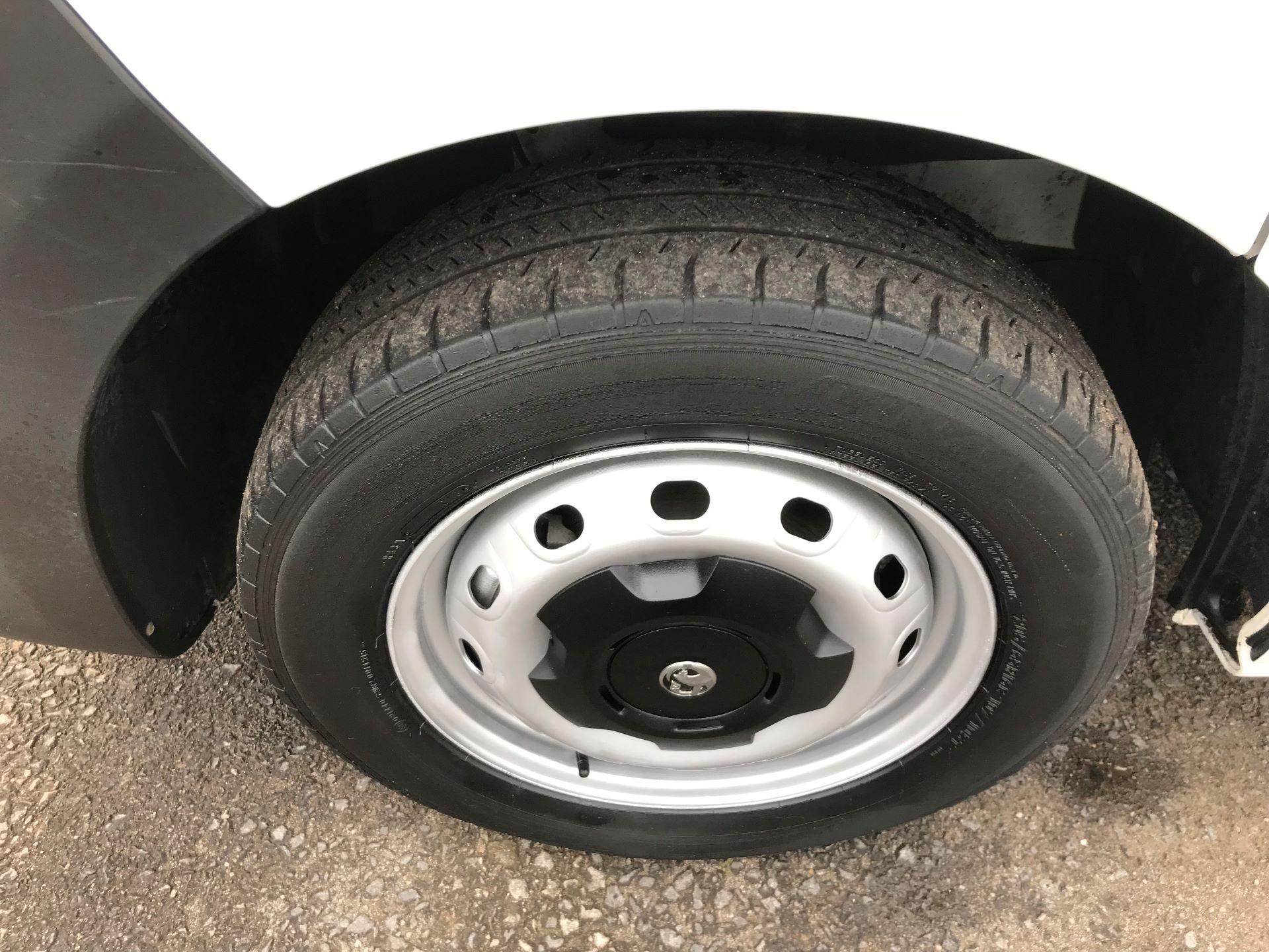 2015 Vauxhall Vivaro 2900 1.6Cdti 115Ps H1 Van (DY65YJG) Image 9