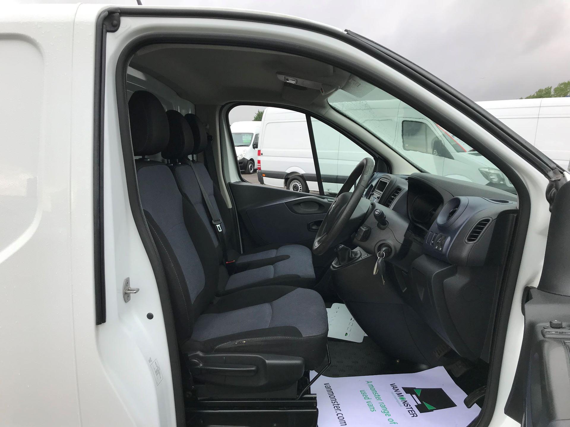 2015 Vauxhall Vivaro 2900 1.6Cdti 115Ps H1 Van (DY65YJG) Image 12