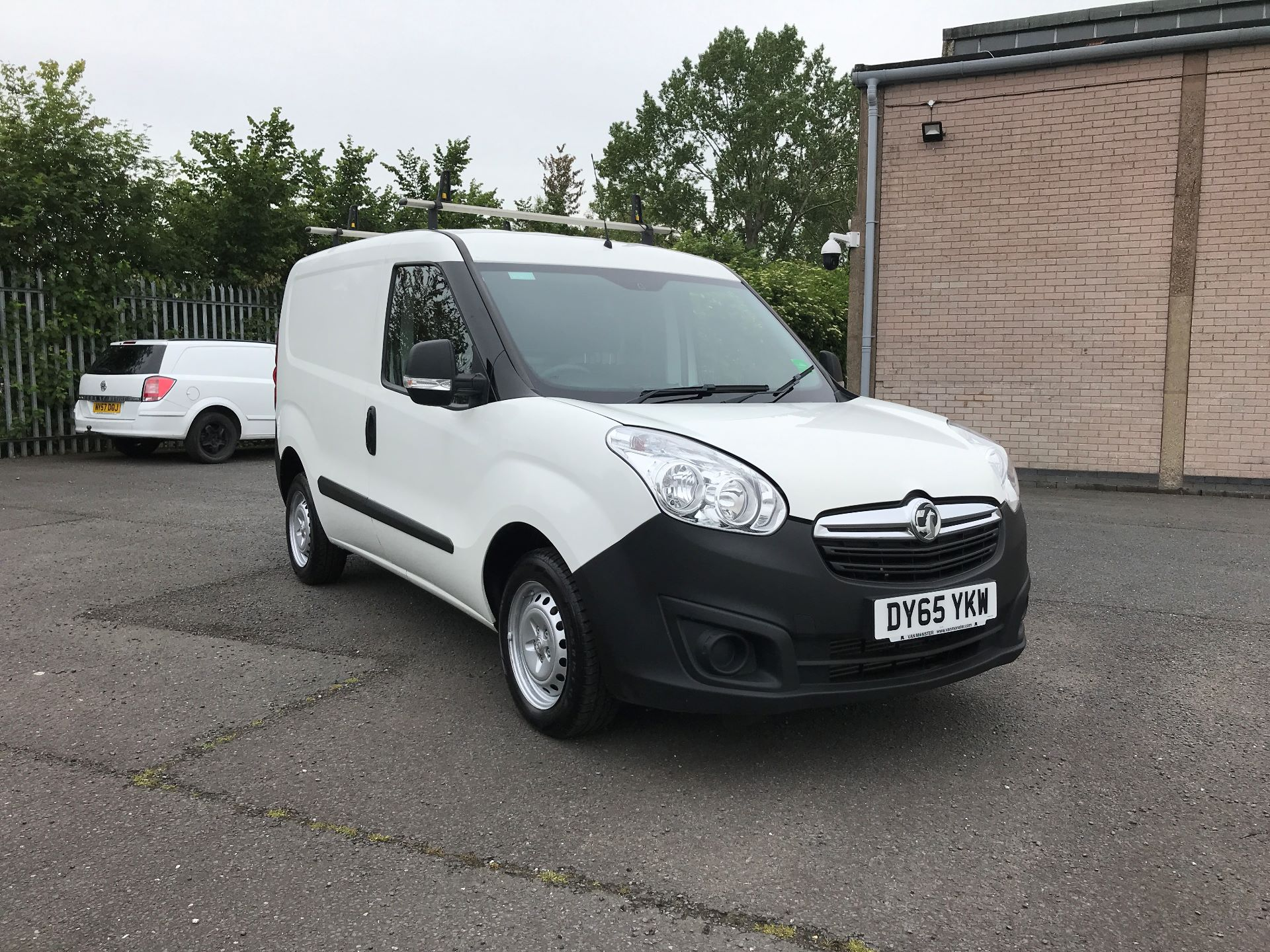 2015 Vauxhall Combo 2000 L1 H1 1.3CDTI 75PS EURO 5 (DY65YKW)